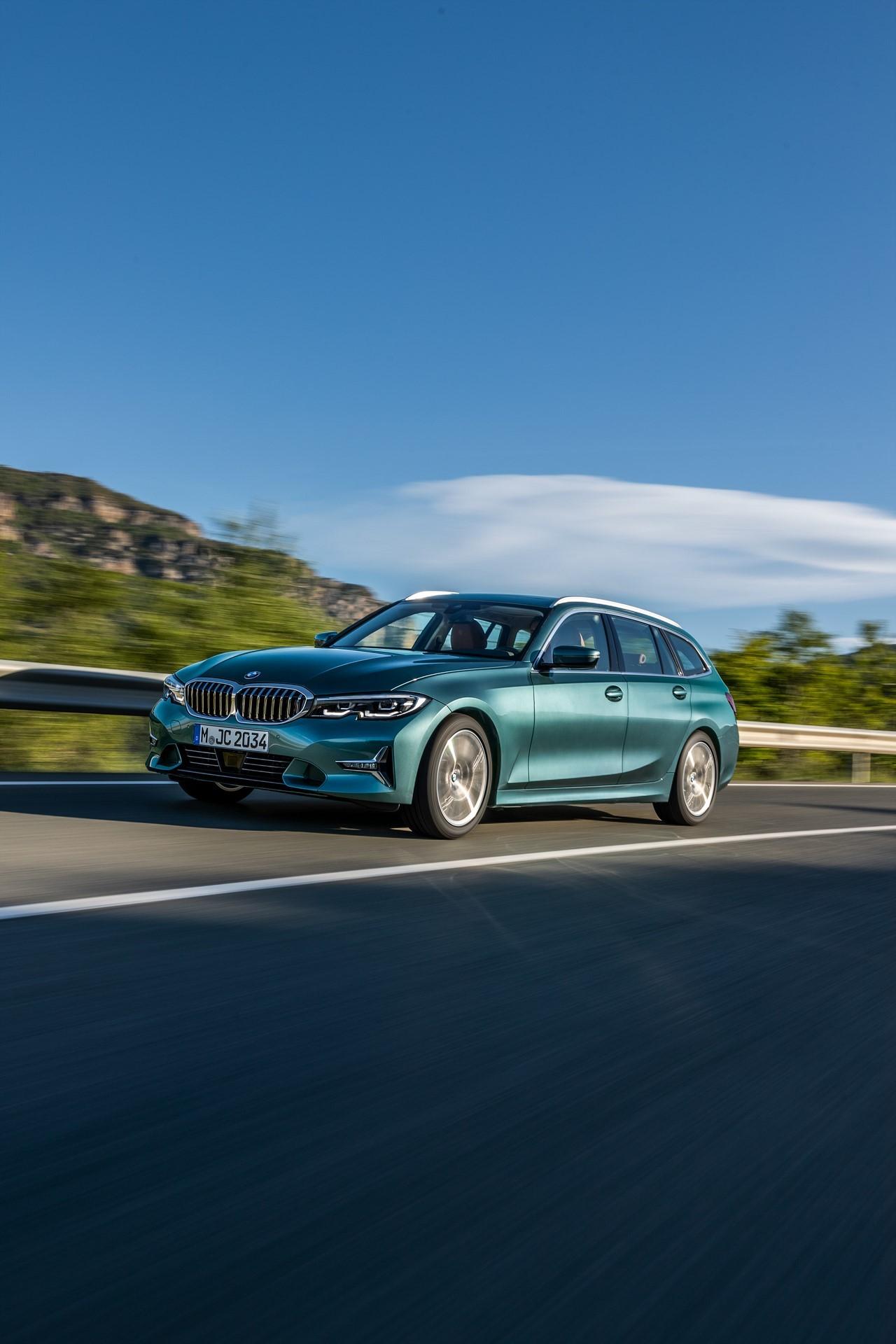 BMW-3-Series-Touring-2019-6