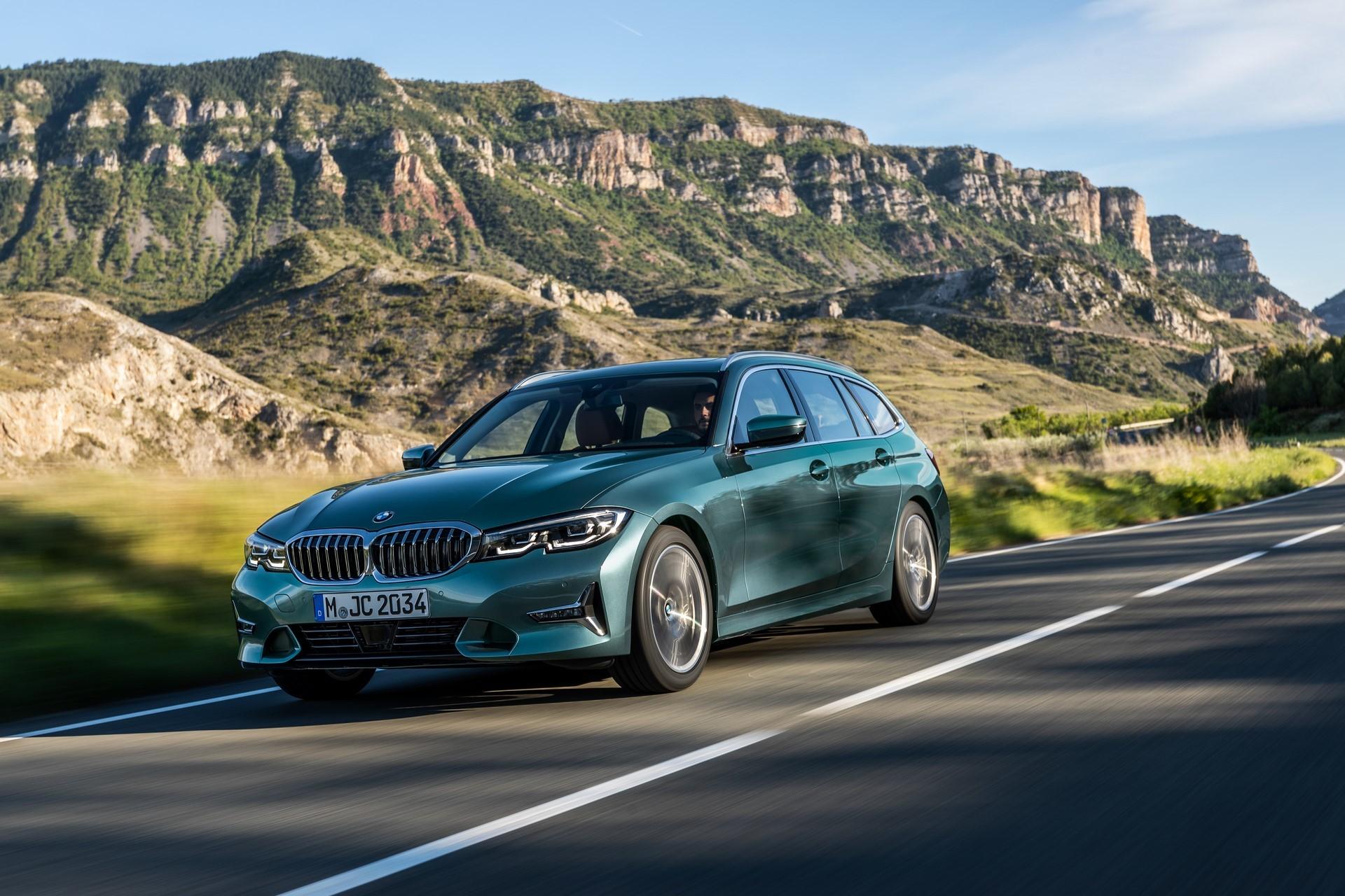 BMW-3-Series-Touring-2019-7