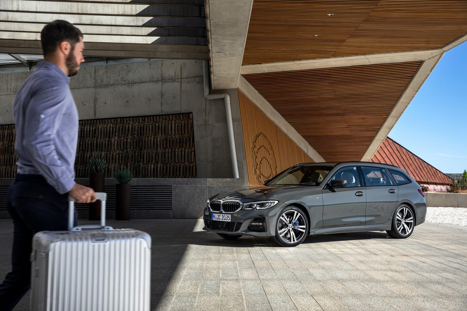 BMW-3-Series-Touring-2019-77