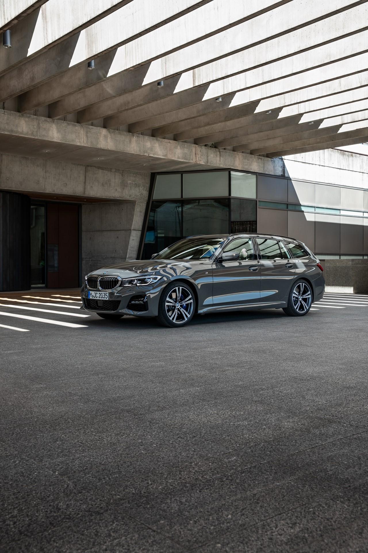 BMW-3-Series-Touring-2019-78