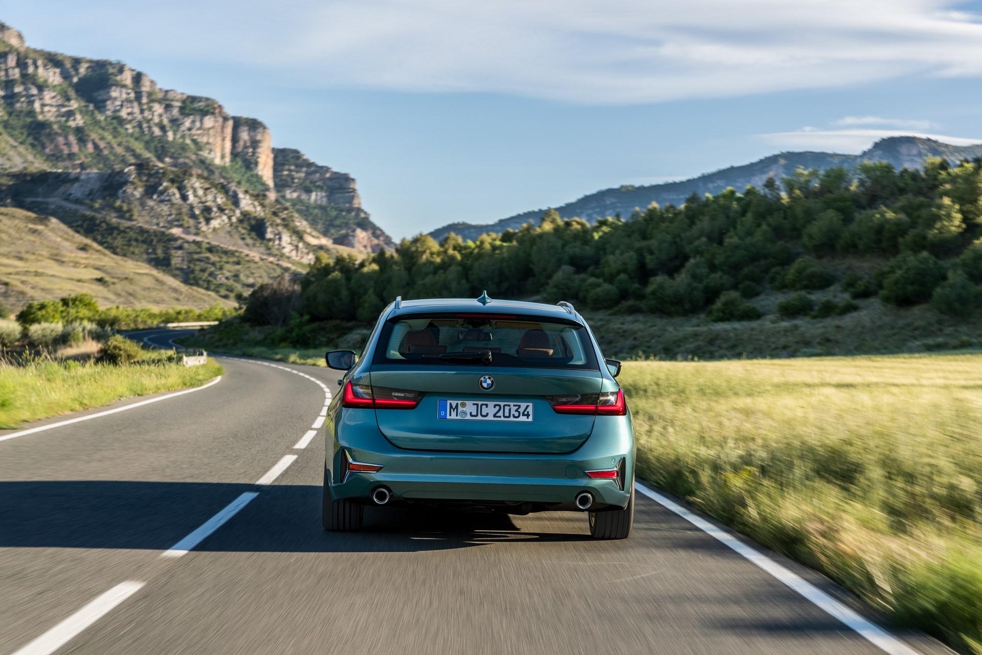 BMW-3-Series-Touring-2019-8