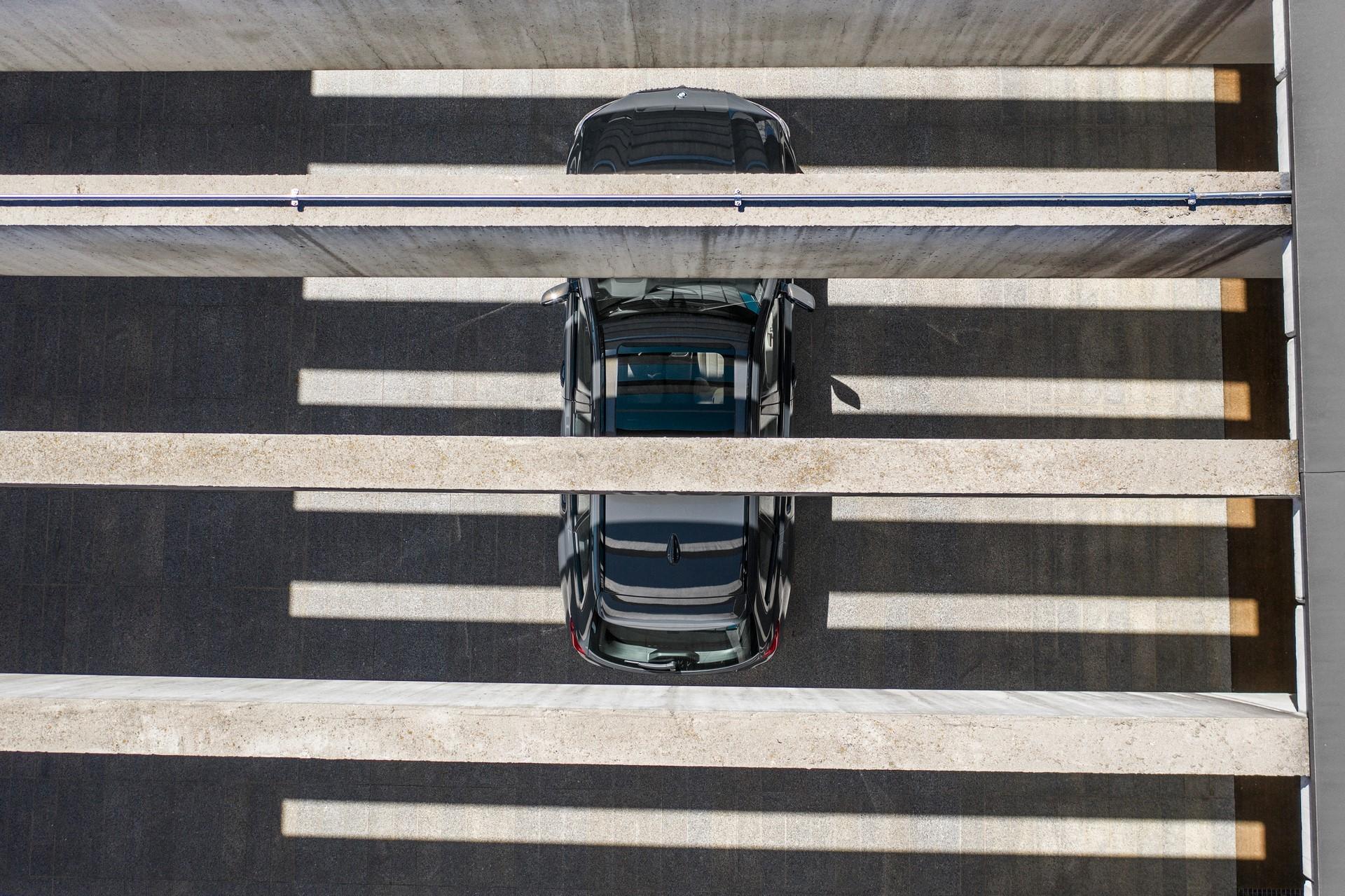 BMW-3-Series-Touring-2019-80