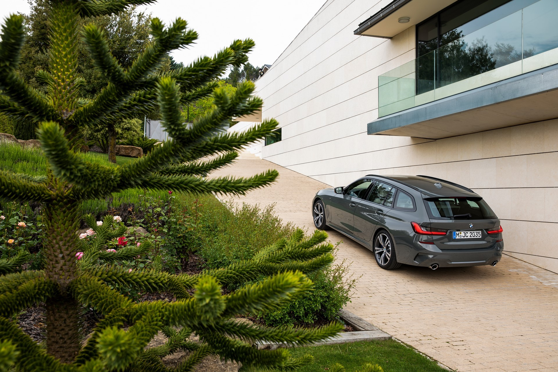 Index of /wp-content/gallery/bmw-3-series-touring-2019/