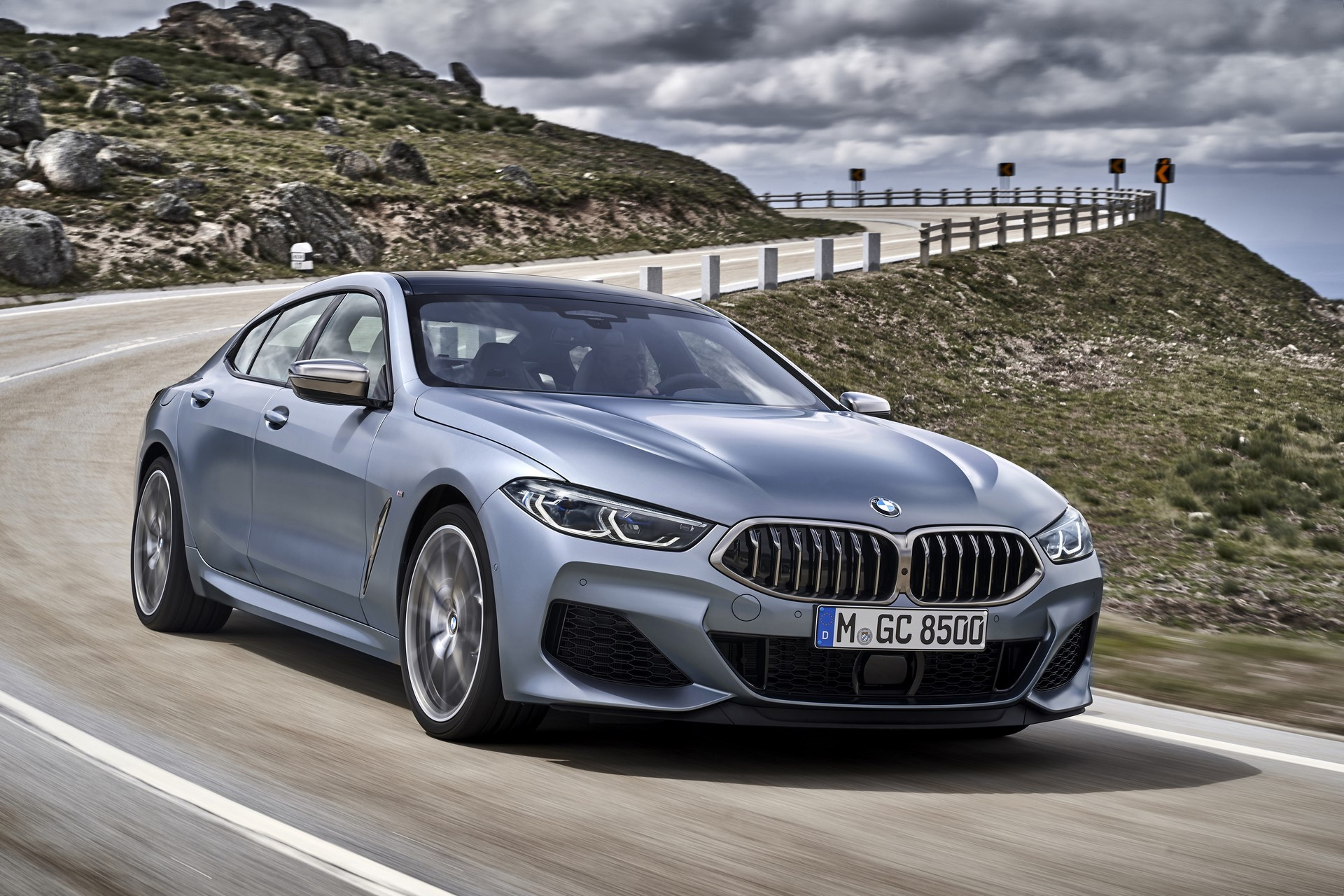BMW-8-Series-Gran-Coupe-2019-1
