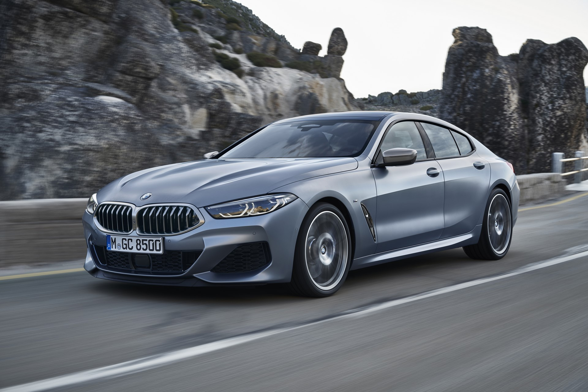 BMW-8-Series-Gran-Coupe-2019-12