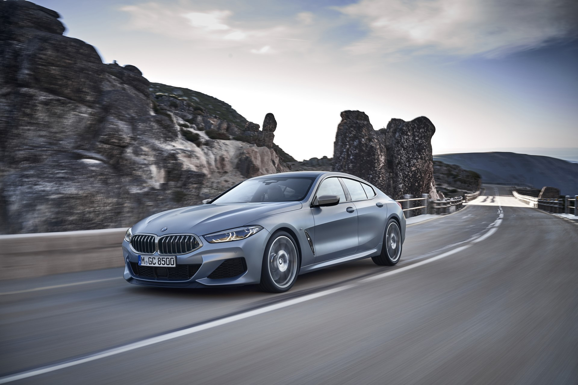 BMW-8-Series-Gran-Coupe-2019-13
