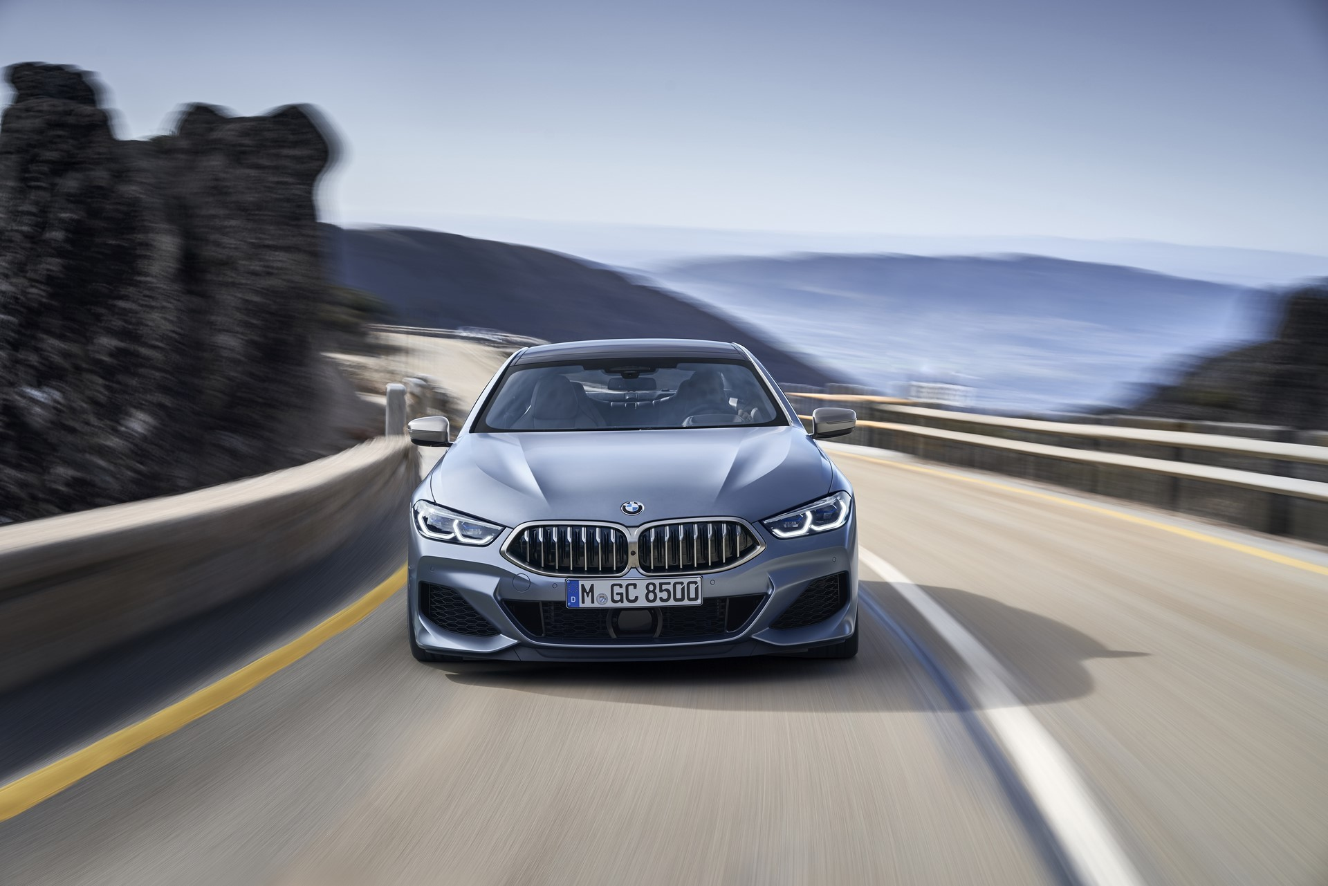BMW-8-Series-Gran-Coupe-2019-16