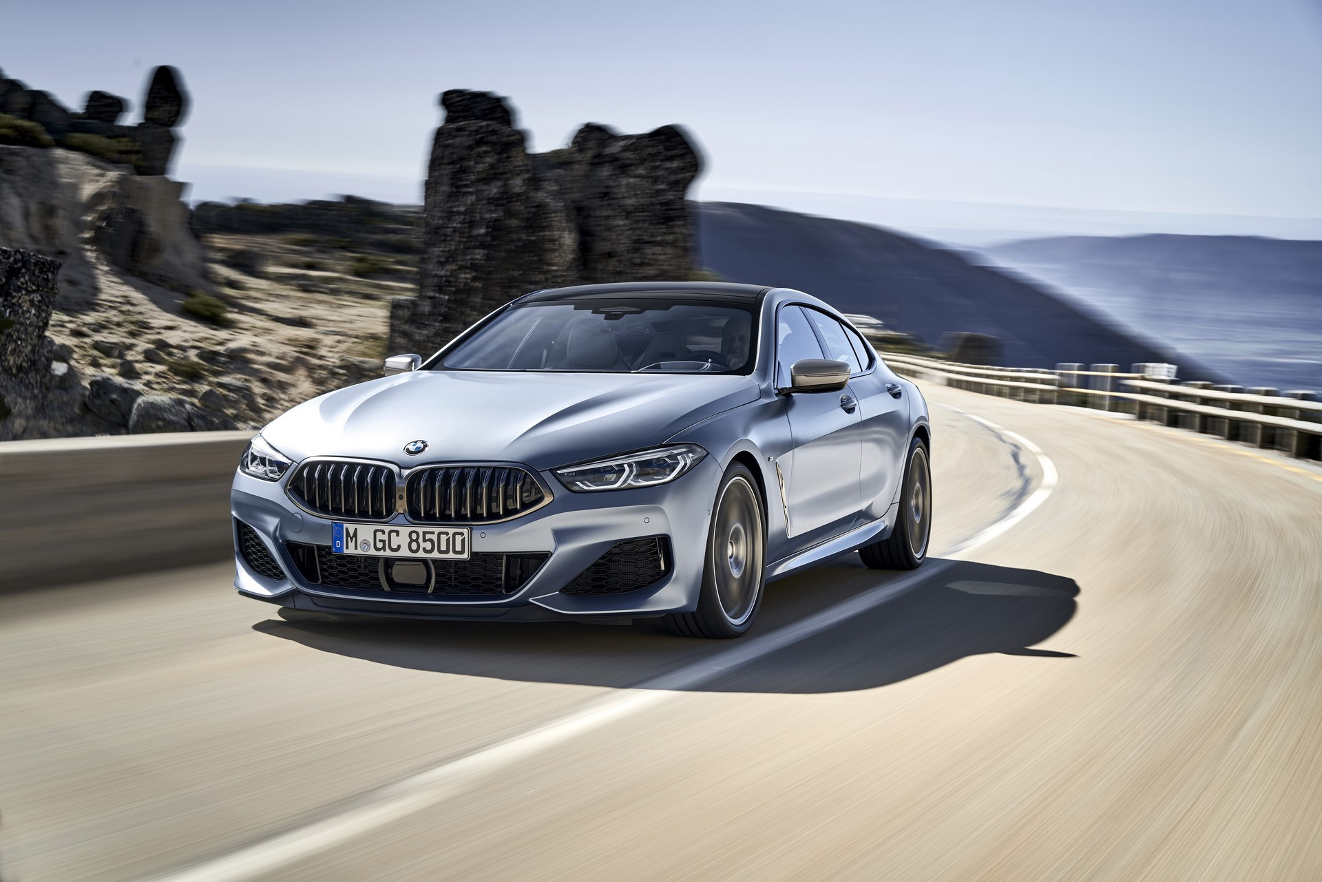 BMW-8-Series-Gran-Coupe-2019-17