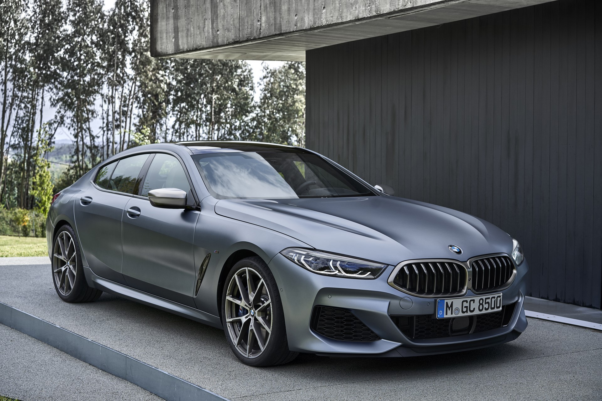 BMW-8-Series-Gran-Coupe-2019-24