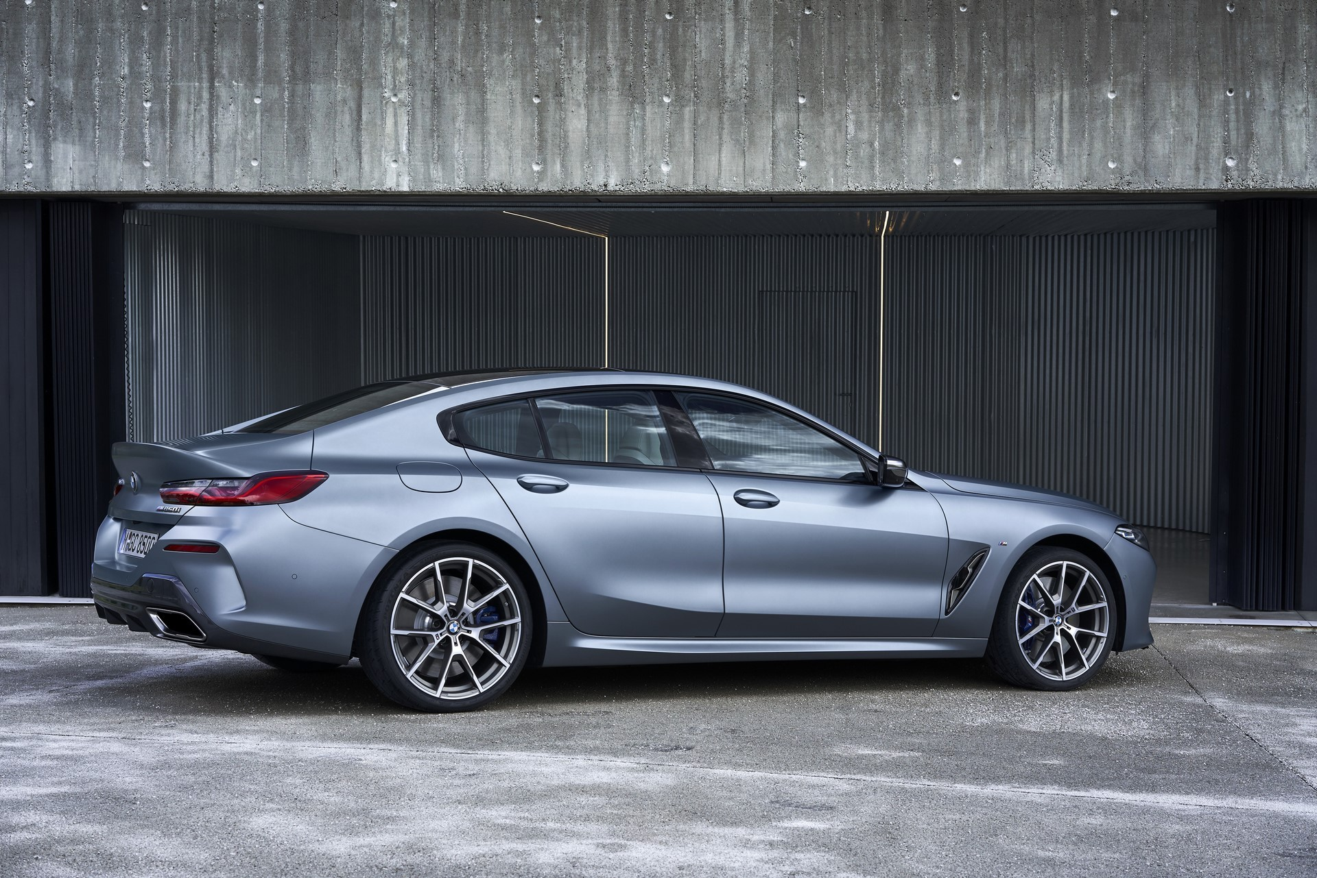 BMW-8-Series-Gran-Coupe-2019-29