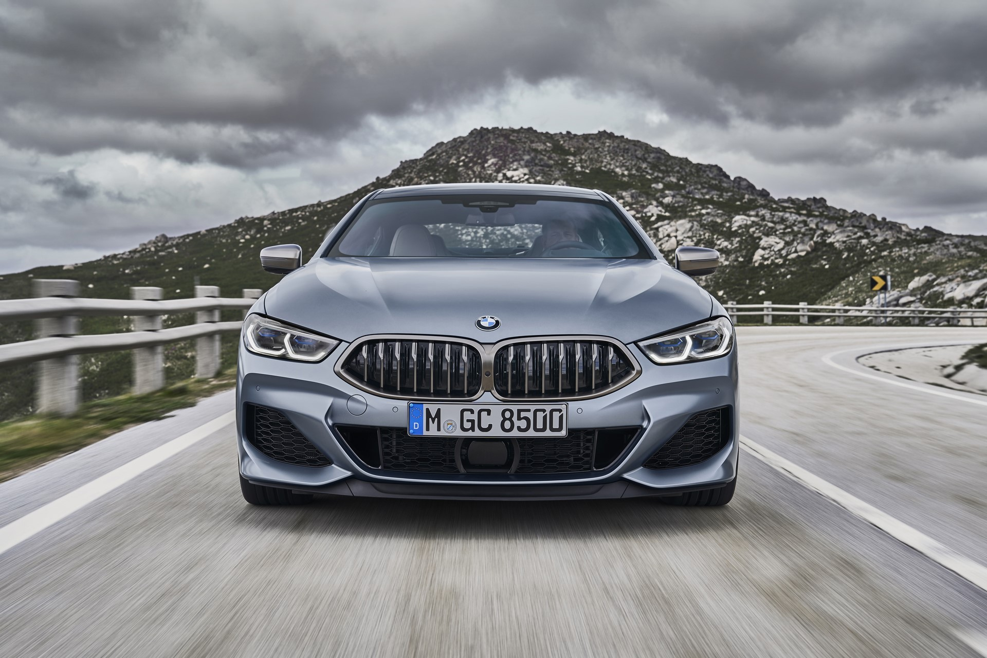 BMW-8-Series-Gran-Coupe-2019-4