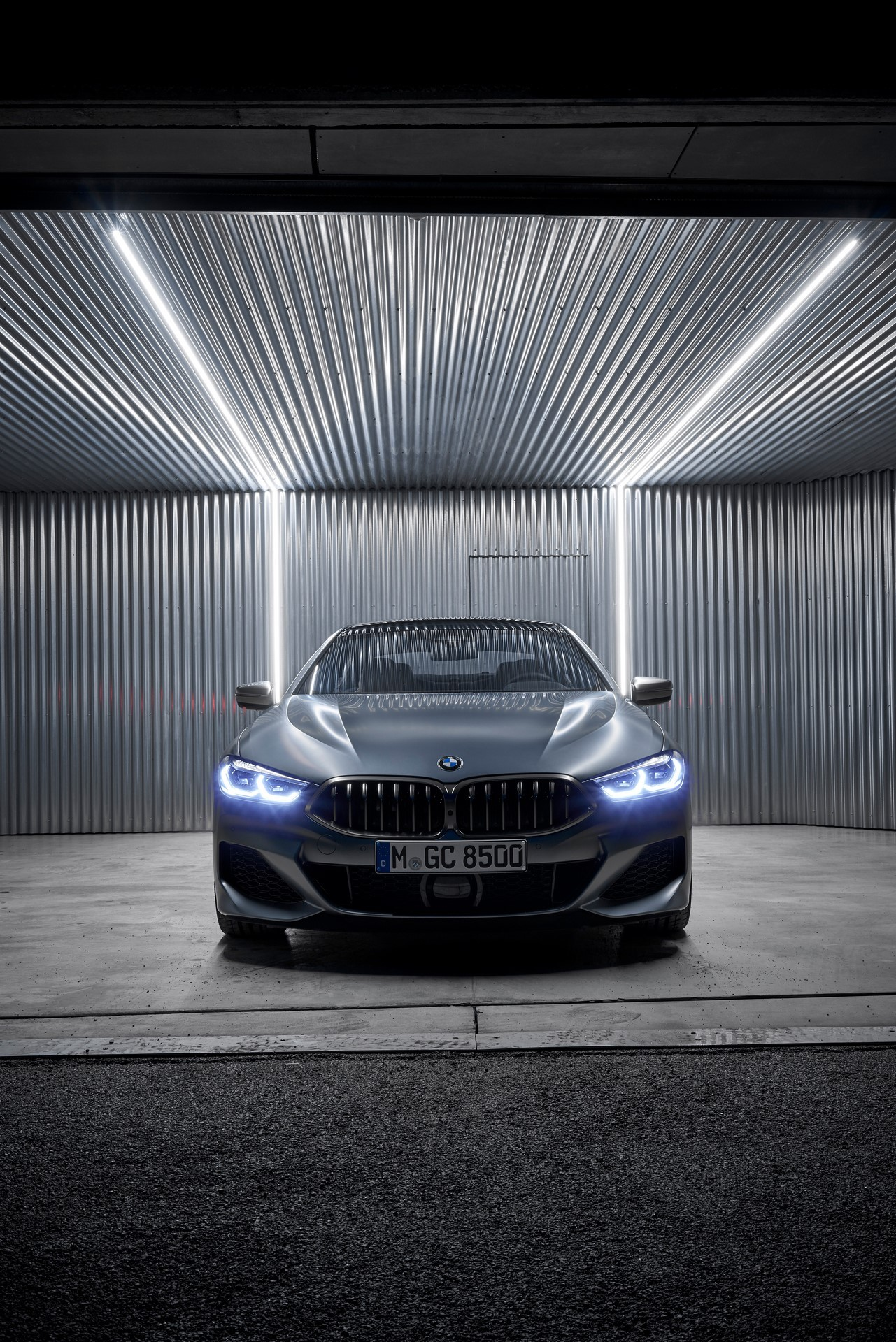 BMW-8-Series-Gran-Coupe-2019-40