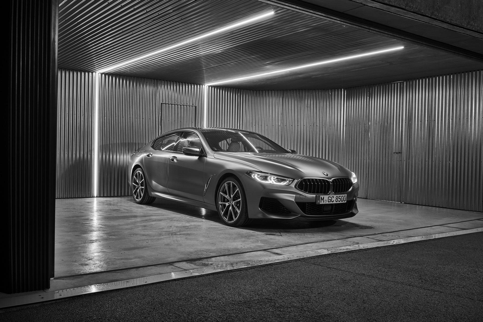 BMW-8-Series-Gran-Coupe-2019-41