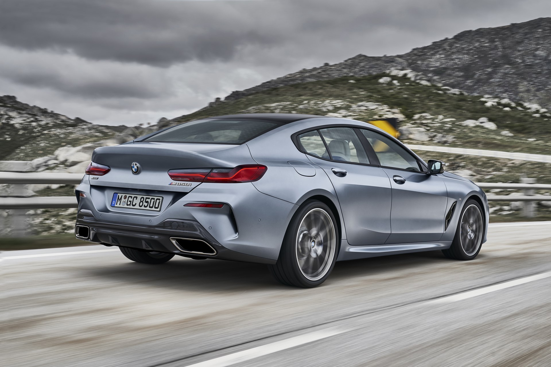 BMW-8-Series-Gran-Coupe-2019-7
