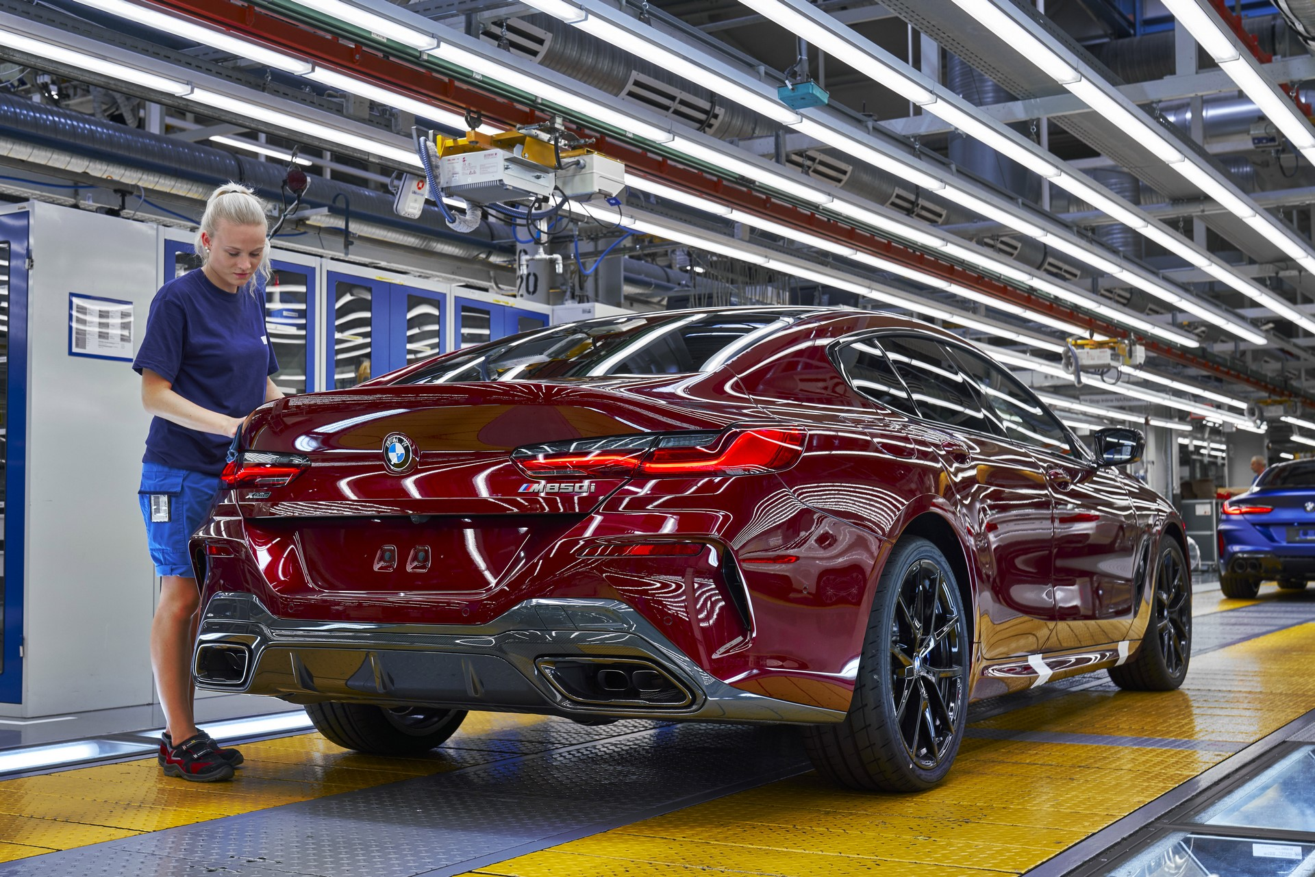 BMW-8-Series-Gran-Coupe-and-BMW-M8-Competition-Coupe-and-Convertible-production-starts-11