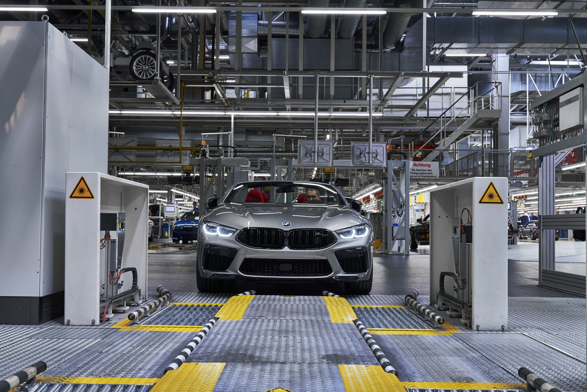 BMW-8-Series-Gran-Coupe-and-BMW-M8-Competition-Coupe-and-Convertible-production-starts-17