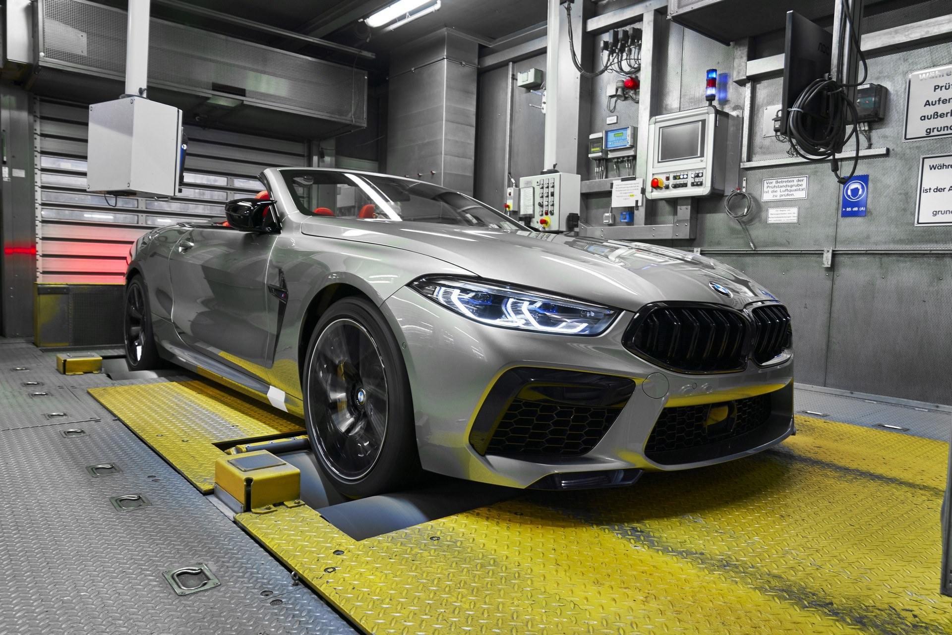 BMW-8-Series-Gran-Coupe-and-BMW-M8-Competition-Coupe-and-Convertible-production-starts-22