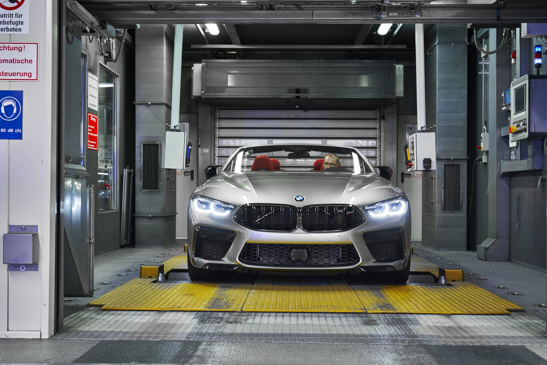 BMW-8-Series-Gran-Coupe-and-BMW-M8-Competition-Coupe-and-Convertible-production-starts-24