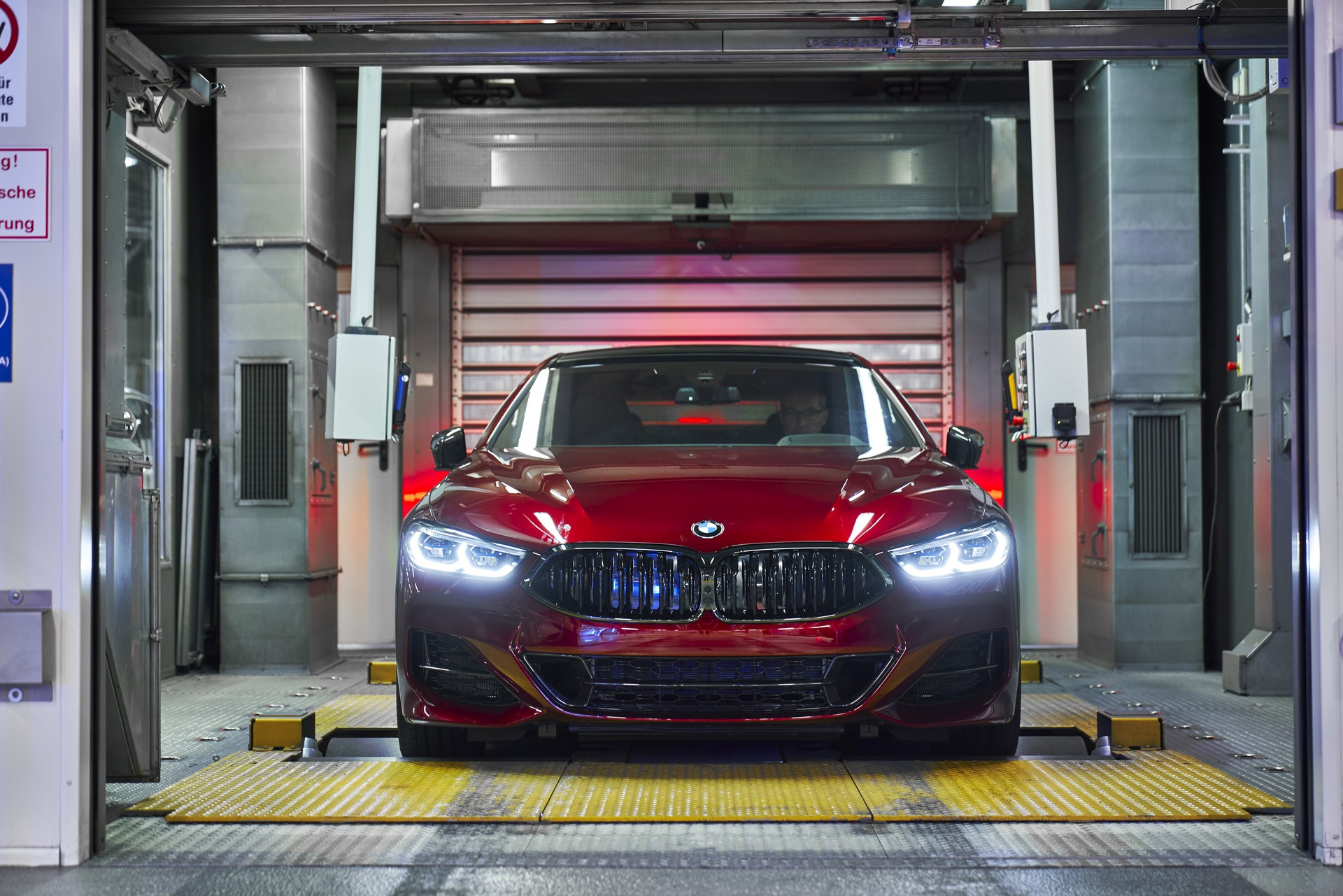 BMW-8-Series-Gran-Coupe-and-BMW-M8-Competition-Coupe-and-Convertible-production-starts-3
