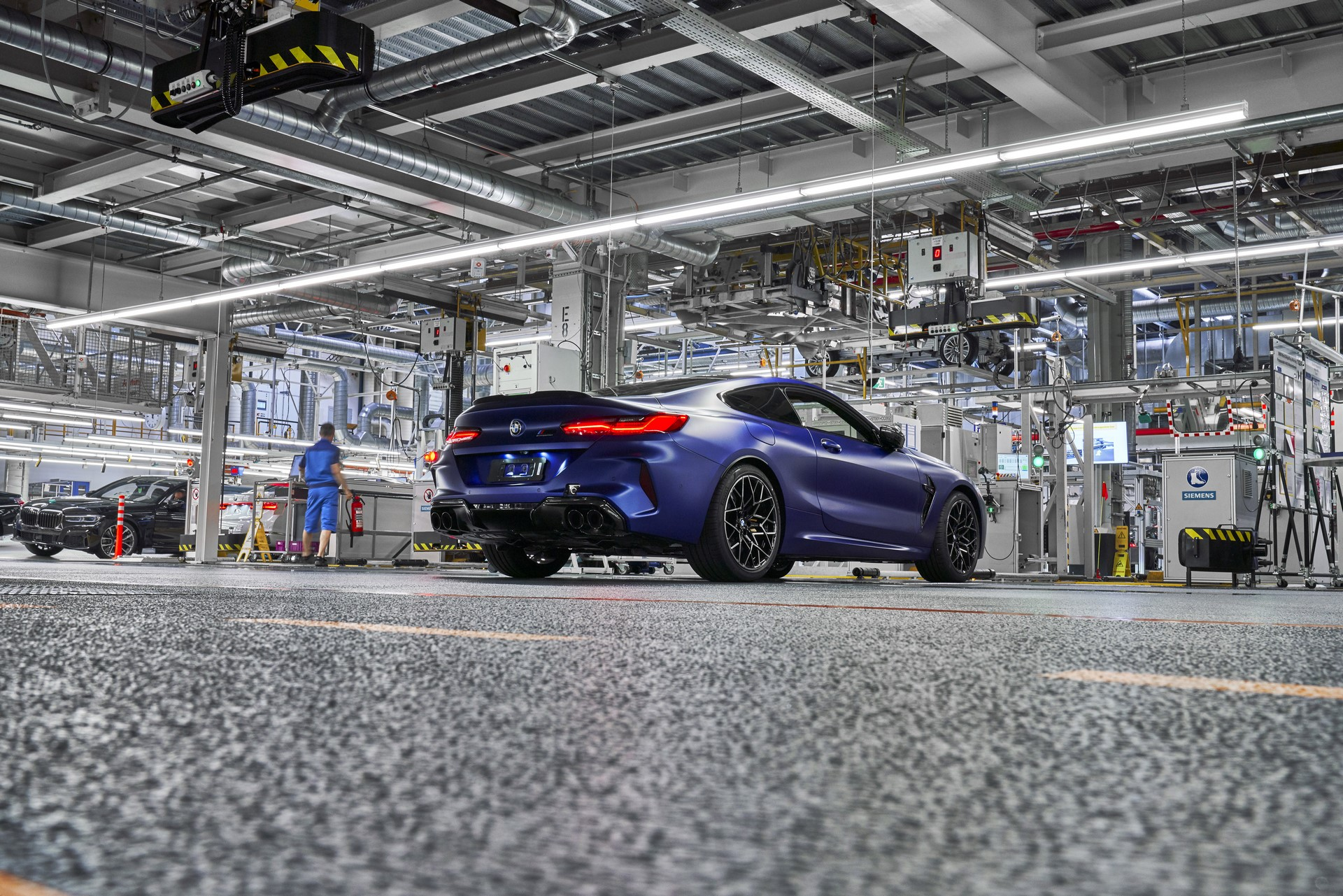 BMW-8-Series-Gran-Coupe-and-BMW-M8-Competition-Coupe-and-Convertible-production-starts-35
