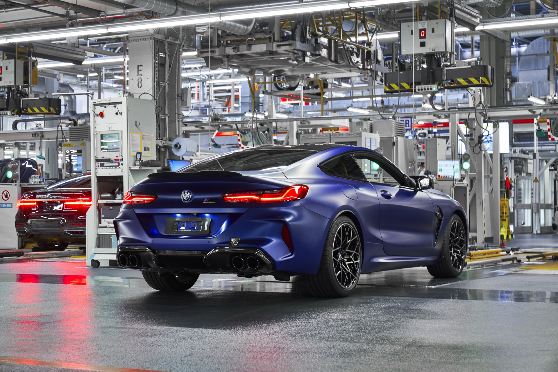 BMW-8-Series-Gran-Coupe-and-BMW-M8-Competition-Coupe-and-Convertible-production-starts-36