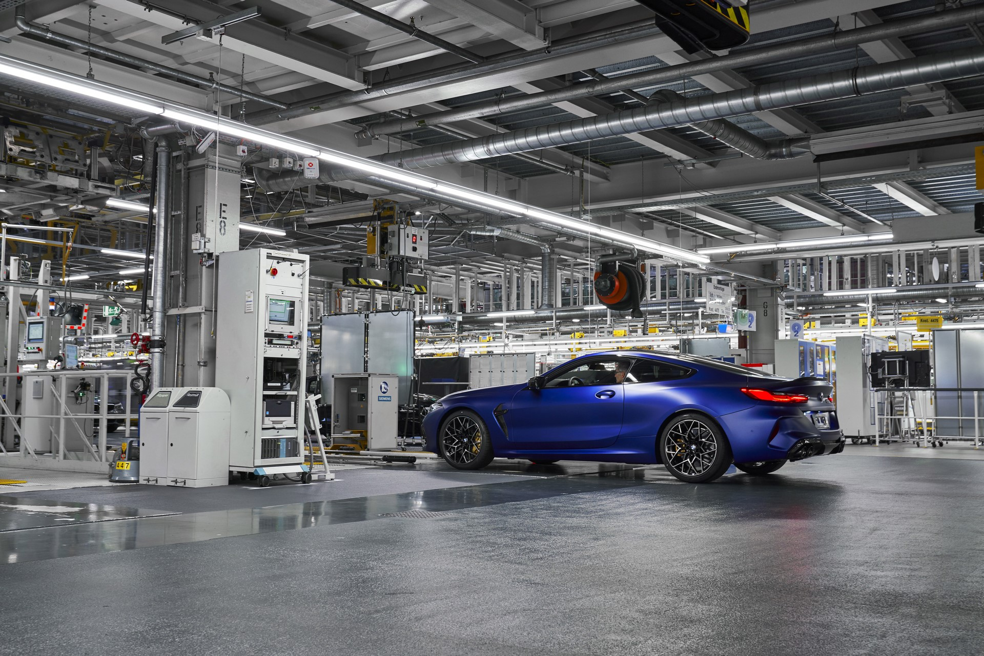 BMW-8-Series-Gran-Coupe-and-BMW-M8-Competition-Coupe-and-Convertible-production-starts-37