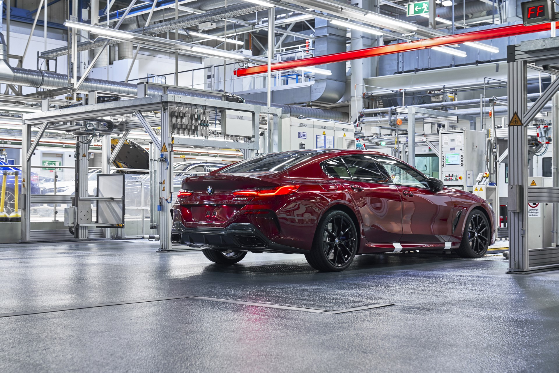 BMW-8-Series-Gran-Coupe-and-BMW-M8-Competition-Coupe-and-Convertible-production-starts-4