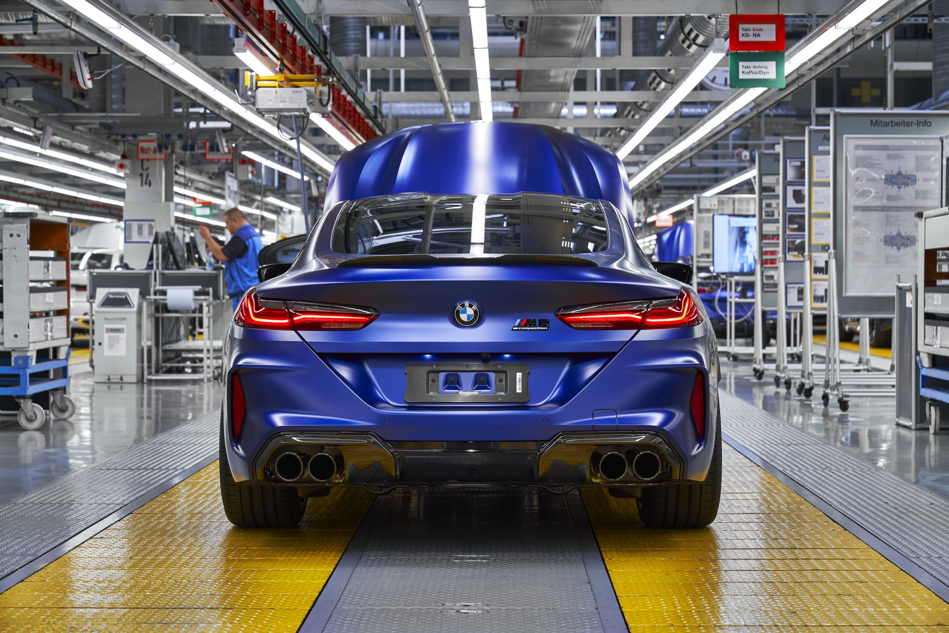 BMW-8-Series-Gran-Coupe-and-BMW-M8-Competition-Coupe-and-Convertible-production-starts-42