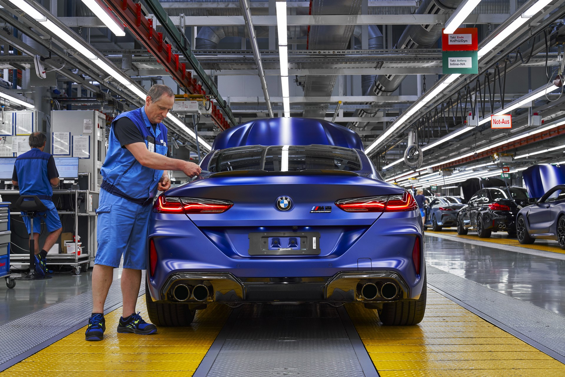 BMW-8-Series-Gran-Coupe-and-BMW-M8-Competition-Coupe-and-Convertible-production-starts-44