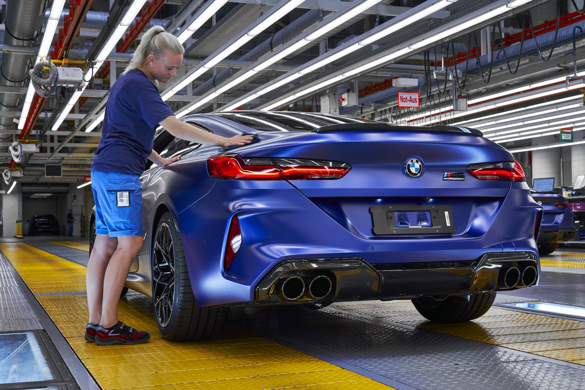 BMW-8-Series-Gran-Coupe-and-BMW-M8-Competition-Coupe-and-Convertible-production-starts-47