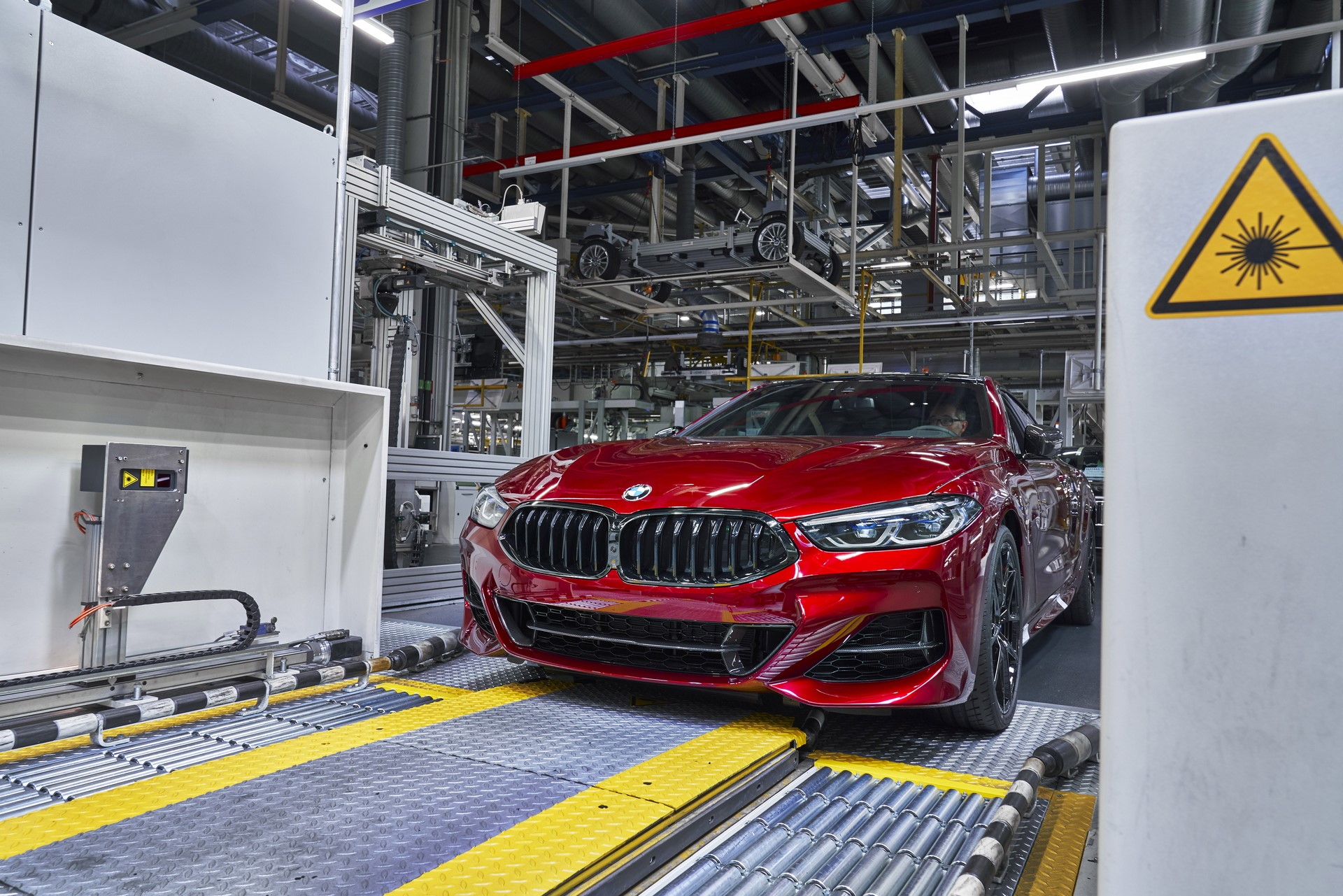 BMW-8-Series-Gran-Coupe-and-BMW-M8-Competition-Coupe-and-Convertible-production-starts-5