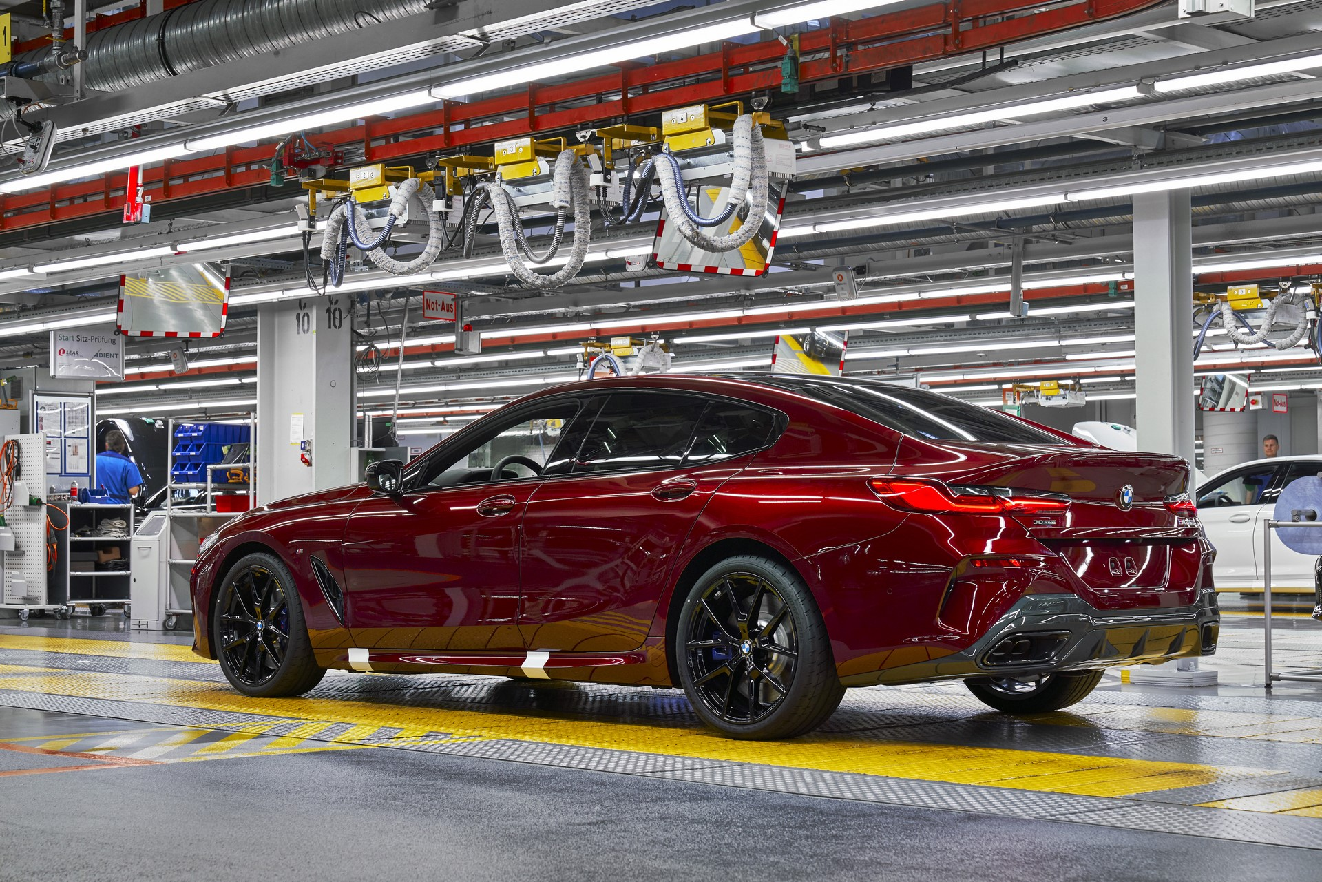 BMW-8-Series-Gran-Coupe-and-BMW-M8-Competition-Coupe-and-Convertible-production-starts-8