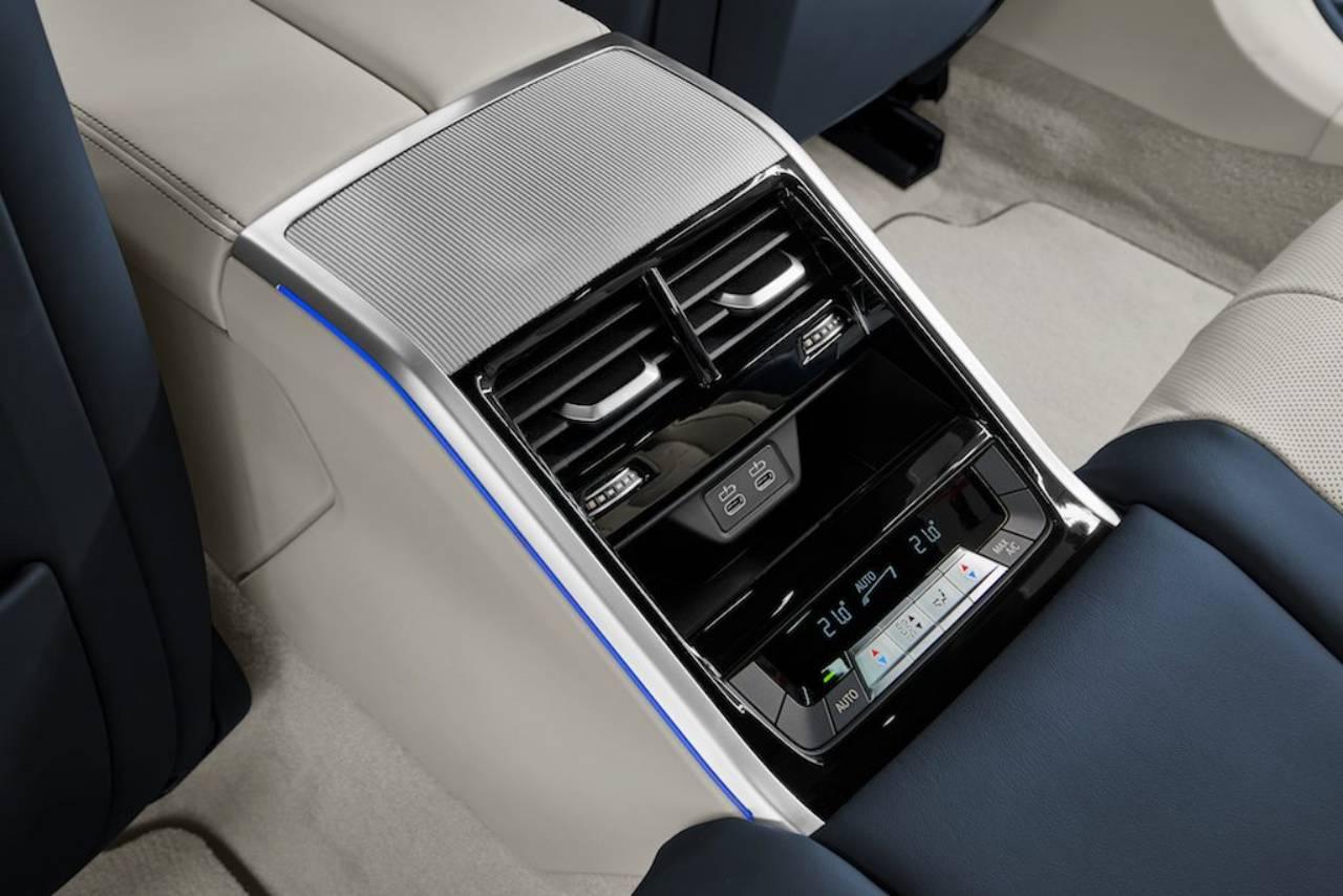 1d2c5ec1-2020-bmw-8-series-gran-coupe-3
