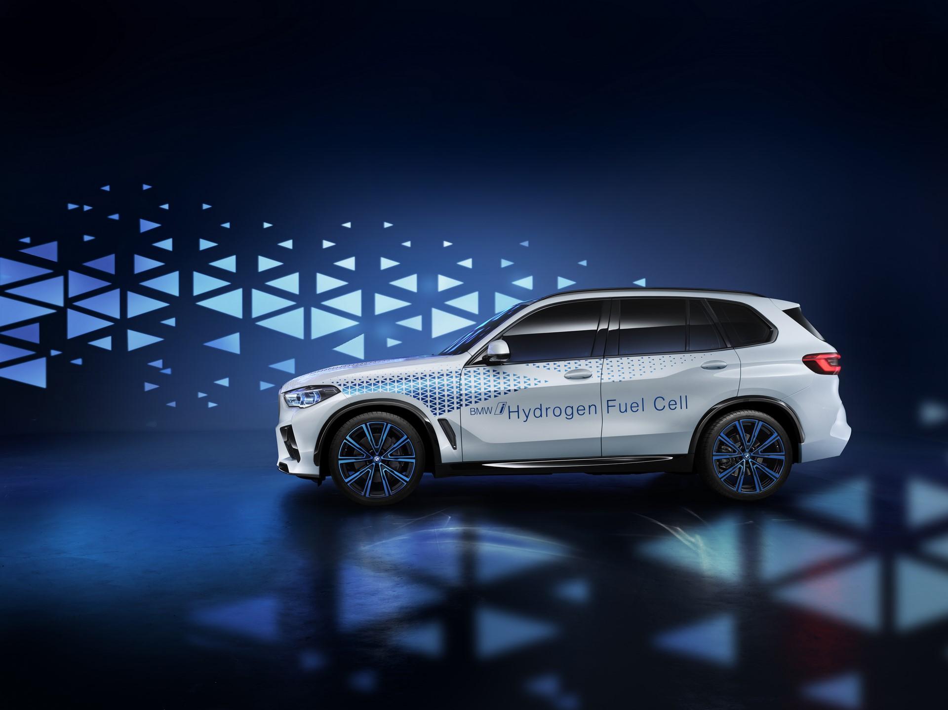 BMW-i-Next-Hydrogen-12
