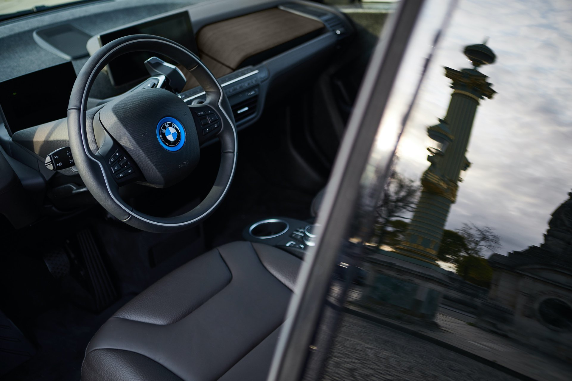 BMW-i3s-Edition-RoadStyle-And-i8-Ultimate-Sophisto-Edition-11