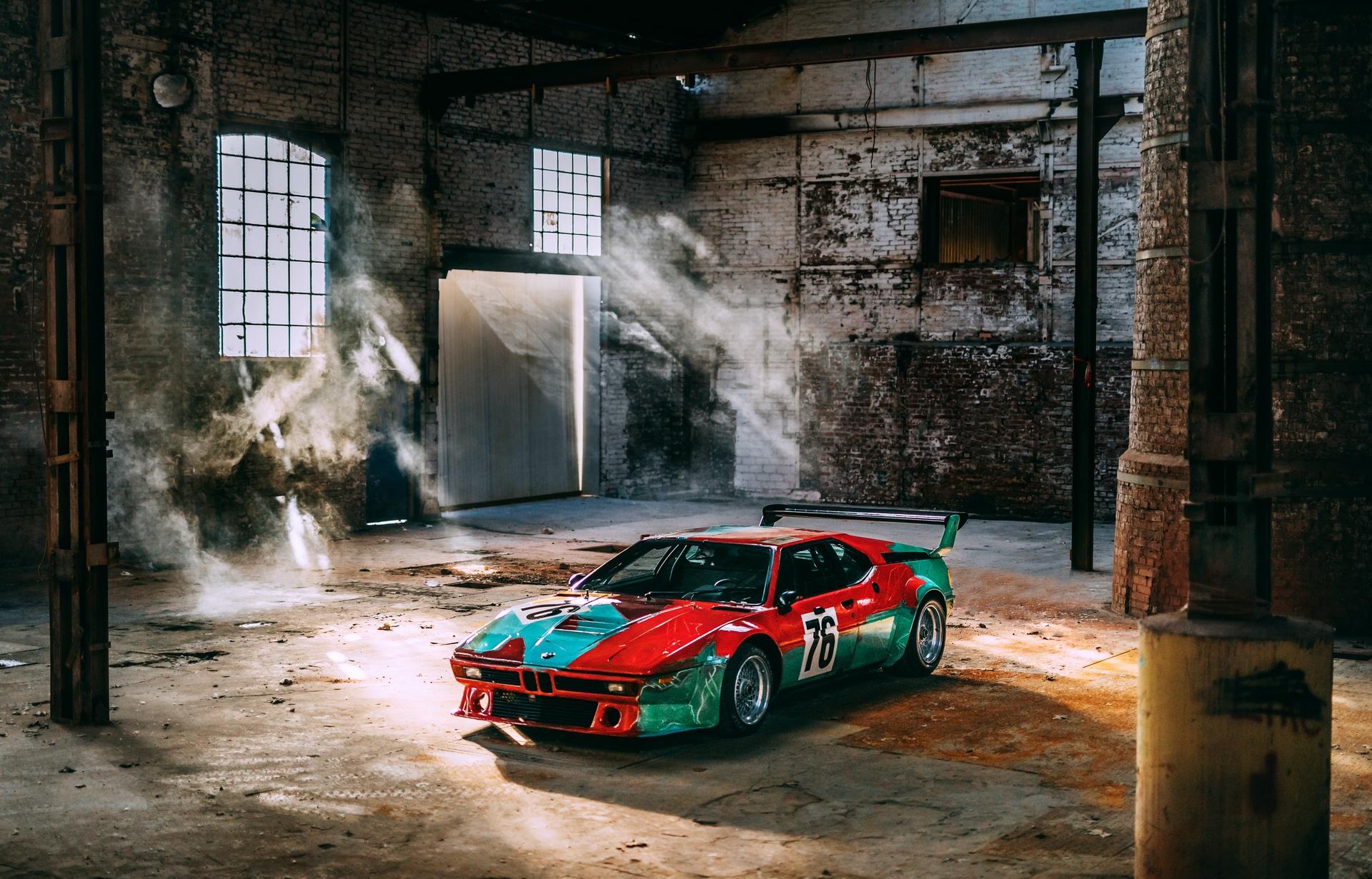 BMW_M1_Art_Car_by_Andy_Warhol_0001