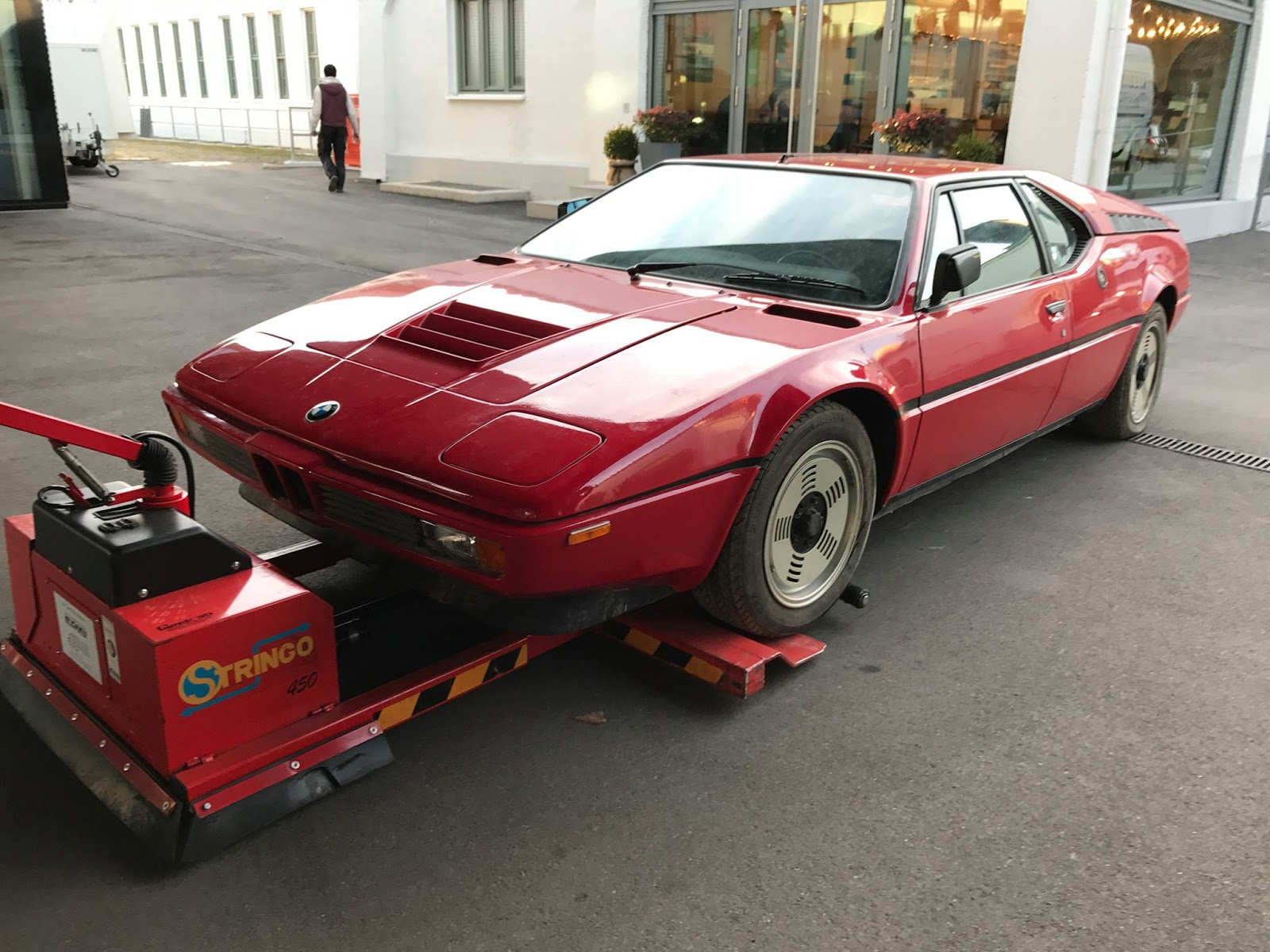 BMW M1 barn find (5)