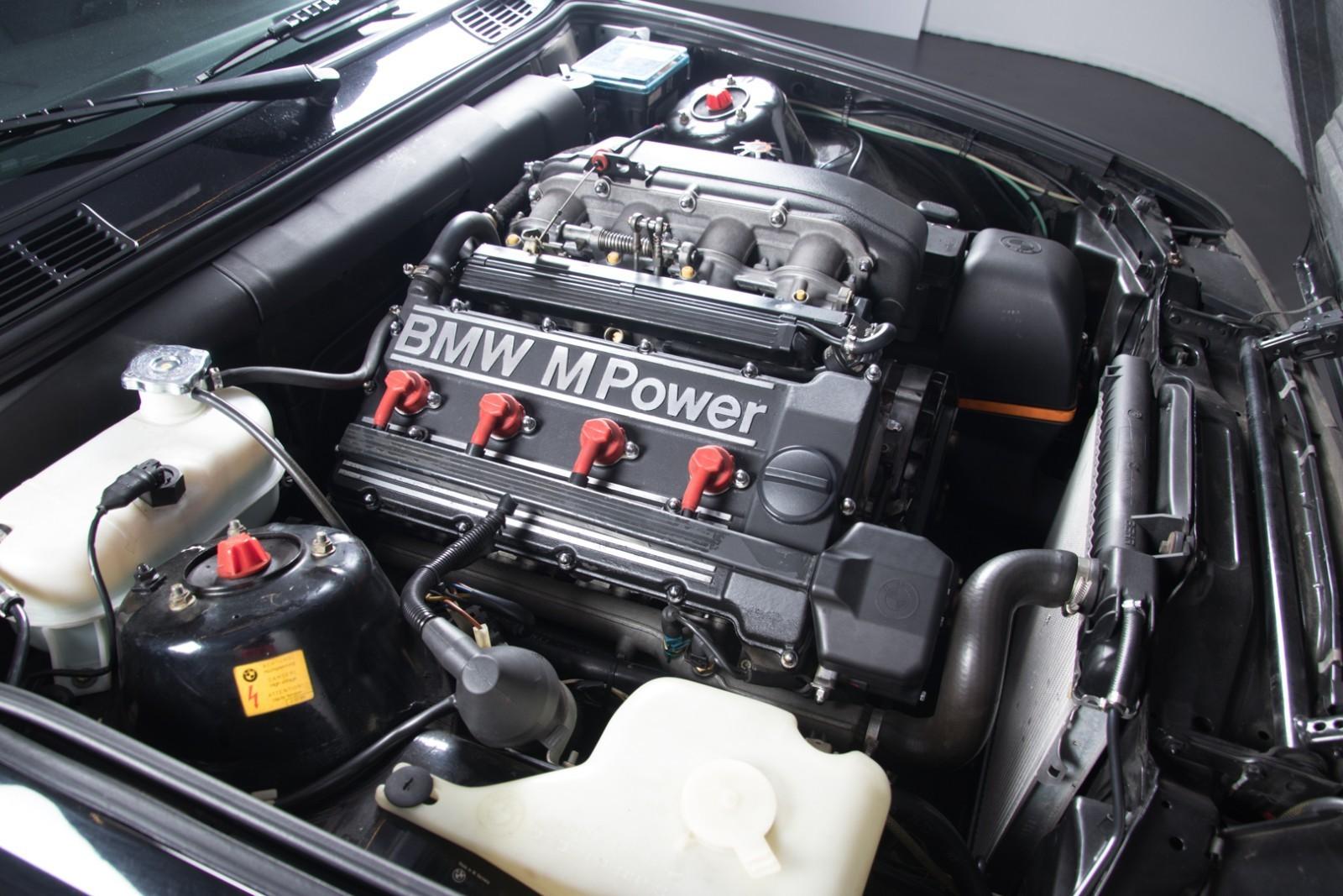 BMW_M3_E30_Sport_Evolution_for_sale_0002