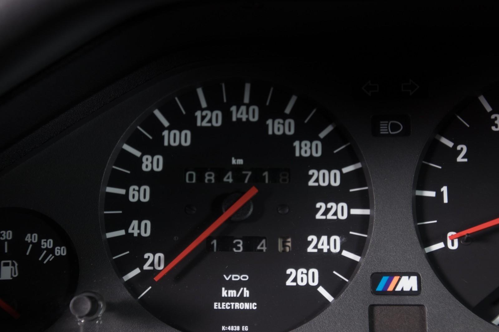 BMW_M3_E30_Sport_Evolution_for_sale_0008