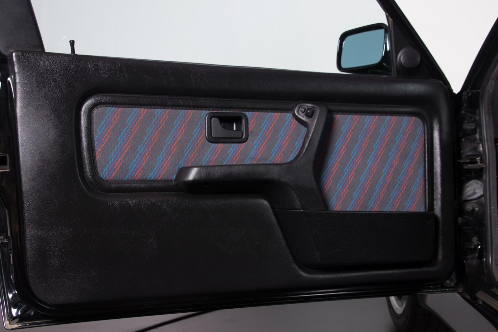 BMW_M3_E30_Sport_Evolution_for_sale_0016