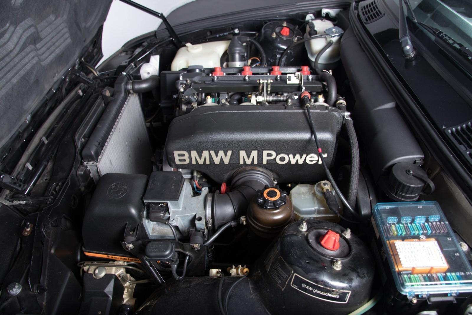 BMW_M3_E30_Sport_Evolution_for_sale_0021