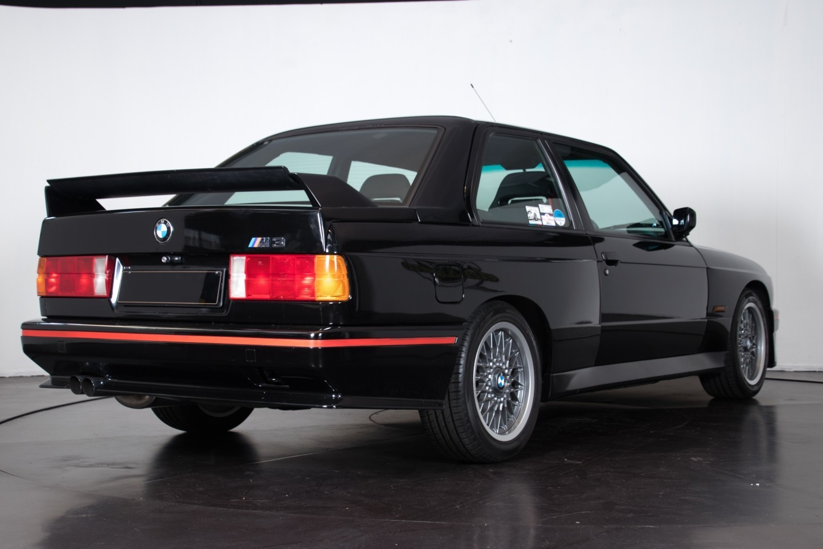 BMW_M3_E30_Sport_Evolution_for_sale_0027