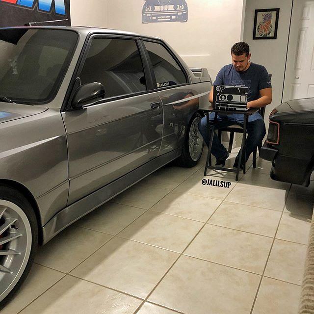 BMW-M3-Golf-GTI-Living-Room-5