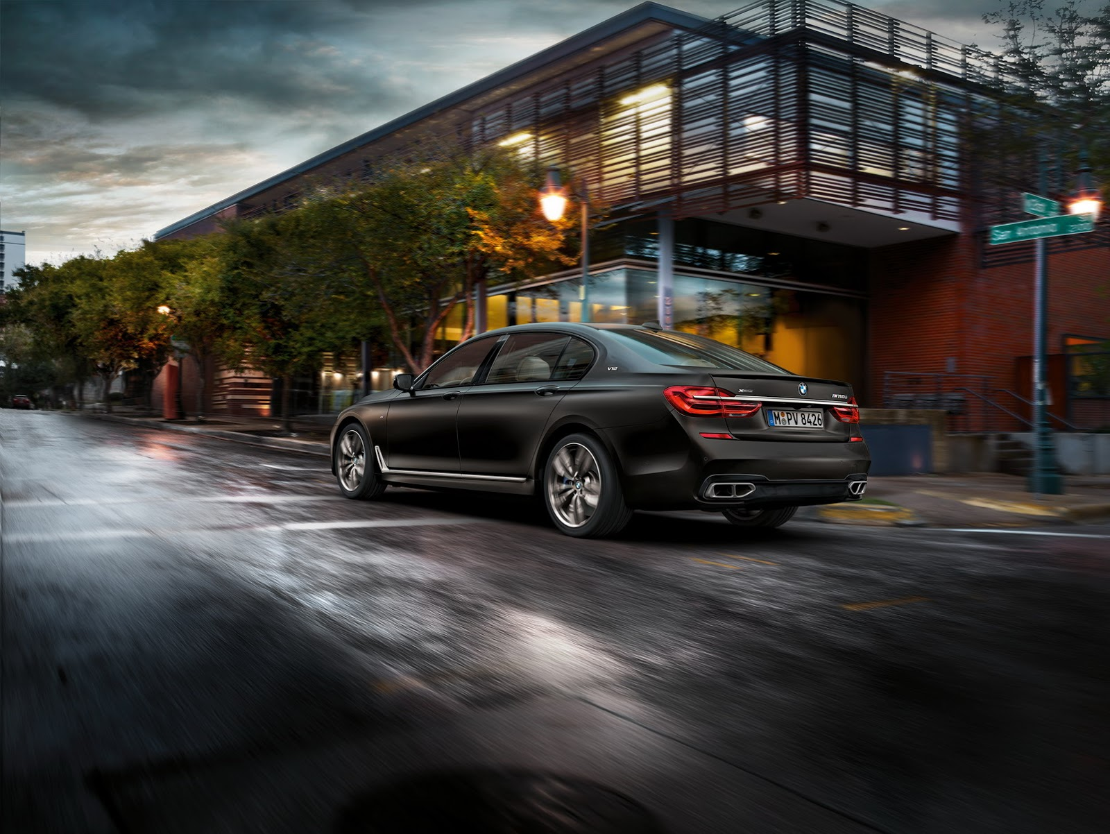 BMW-M760Li-xDrive-19