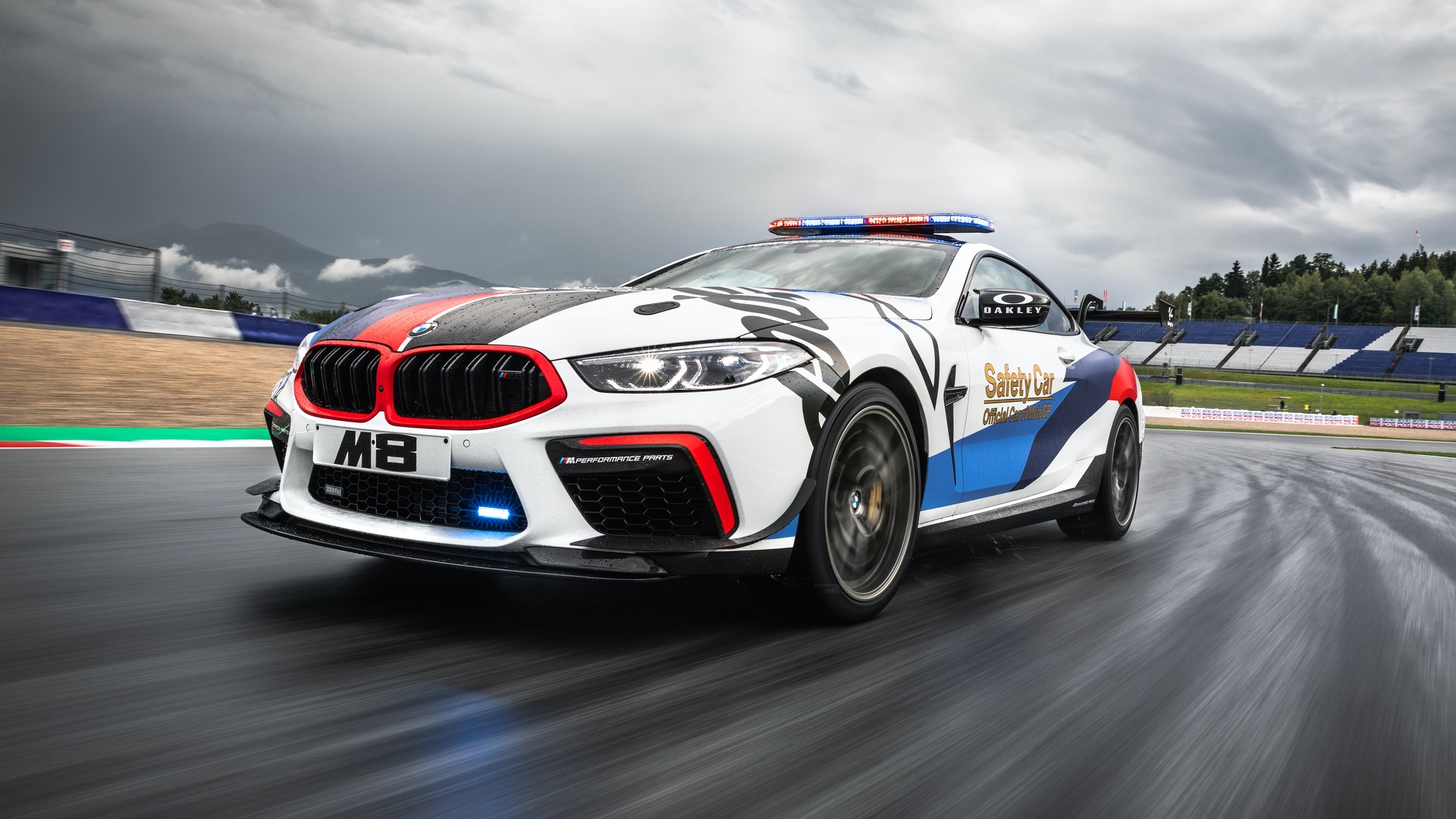BMW_M8_MotoGP_Safety_Car_0016