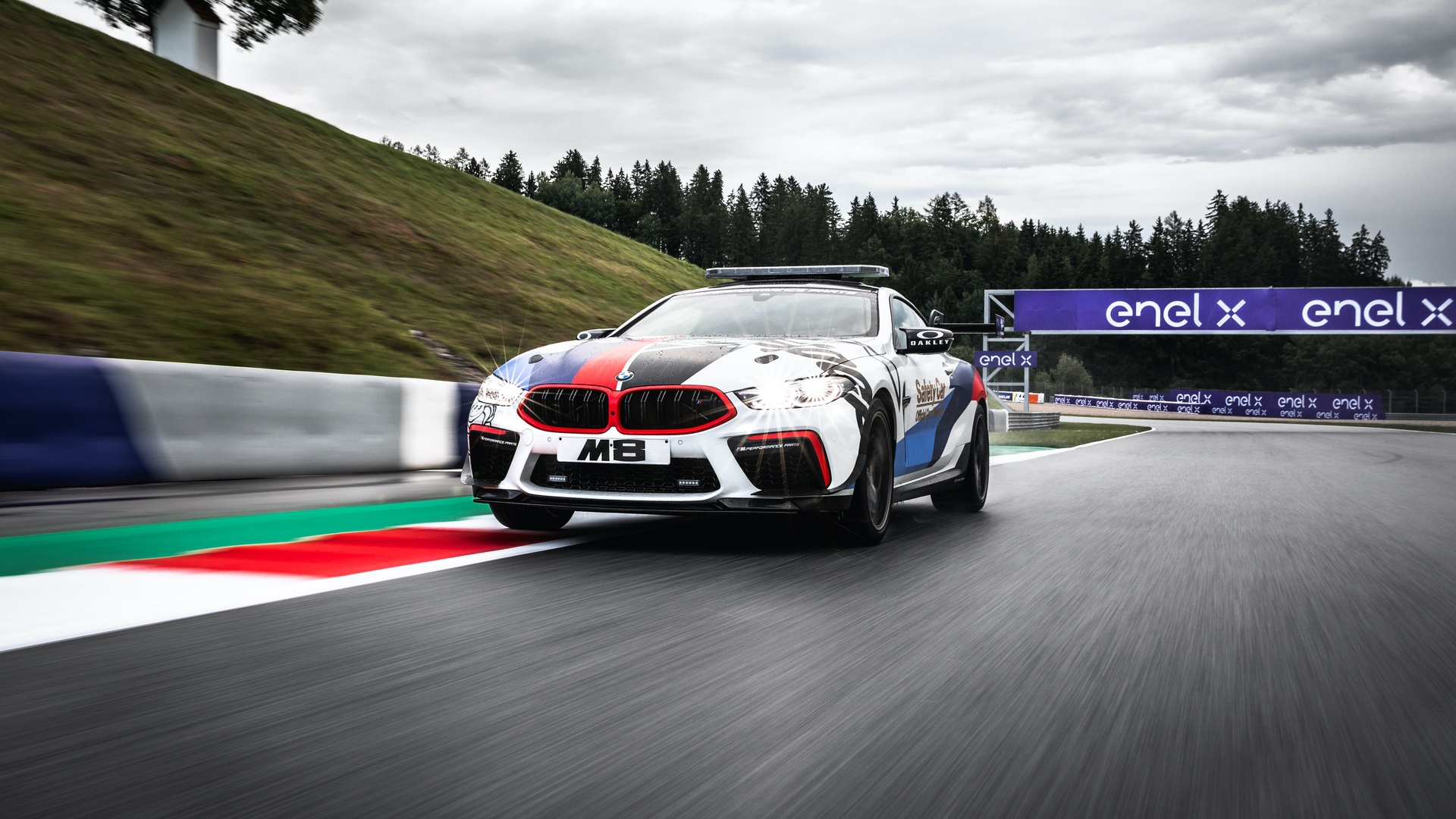 BMW_M8_MotoGP_Safety_Car_0021