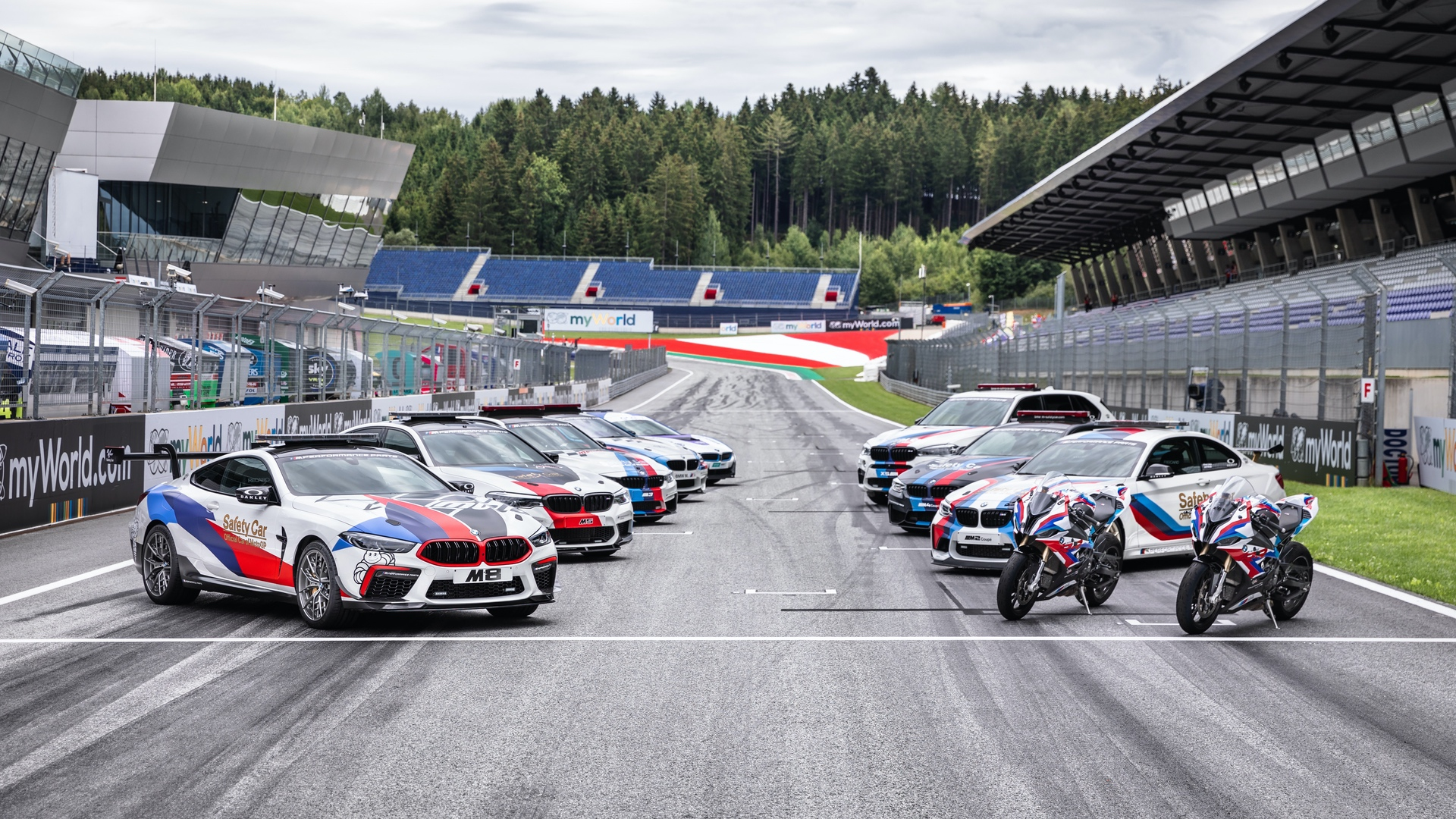 BMW_M8_MotoGP_Safety_Car_0028