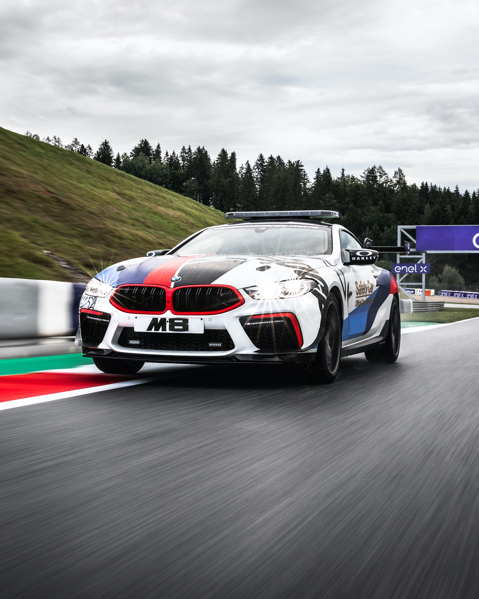 BMW_M8_MotoGP_Safety_Car_0039
