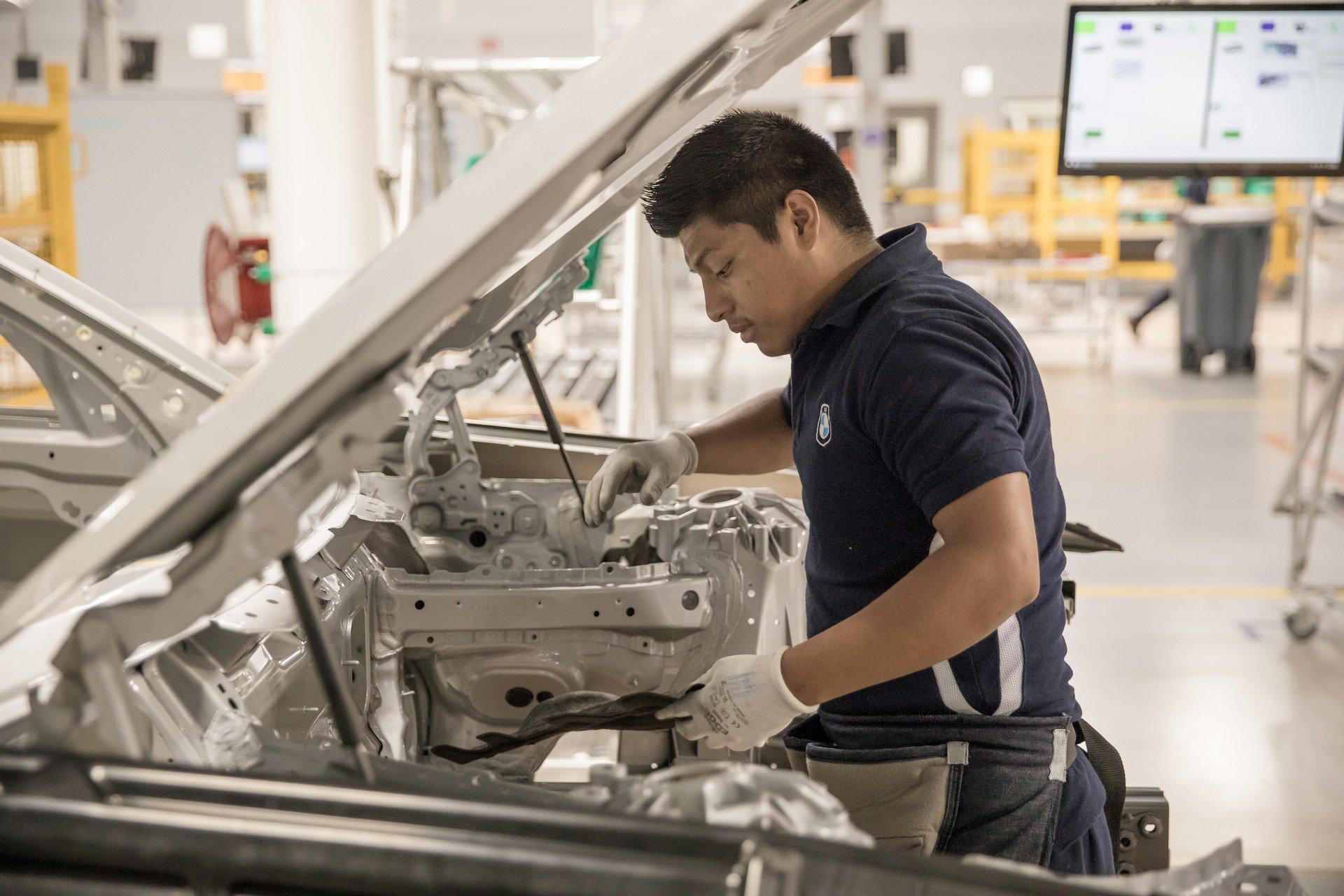 BMW-Mexico-Luis-Potosi-plant-35