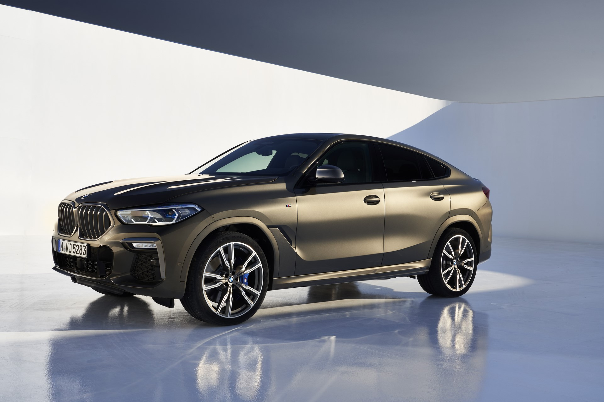 BMW-X6-2020-32